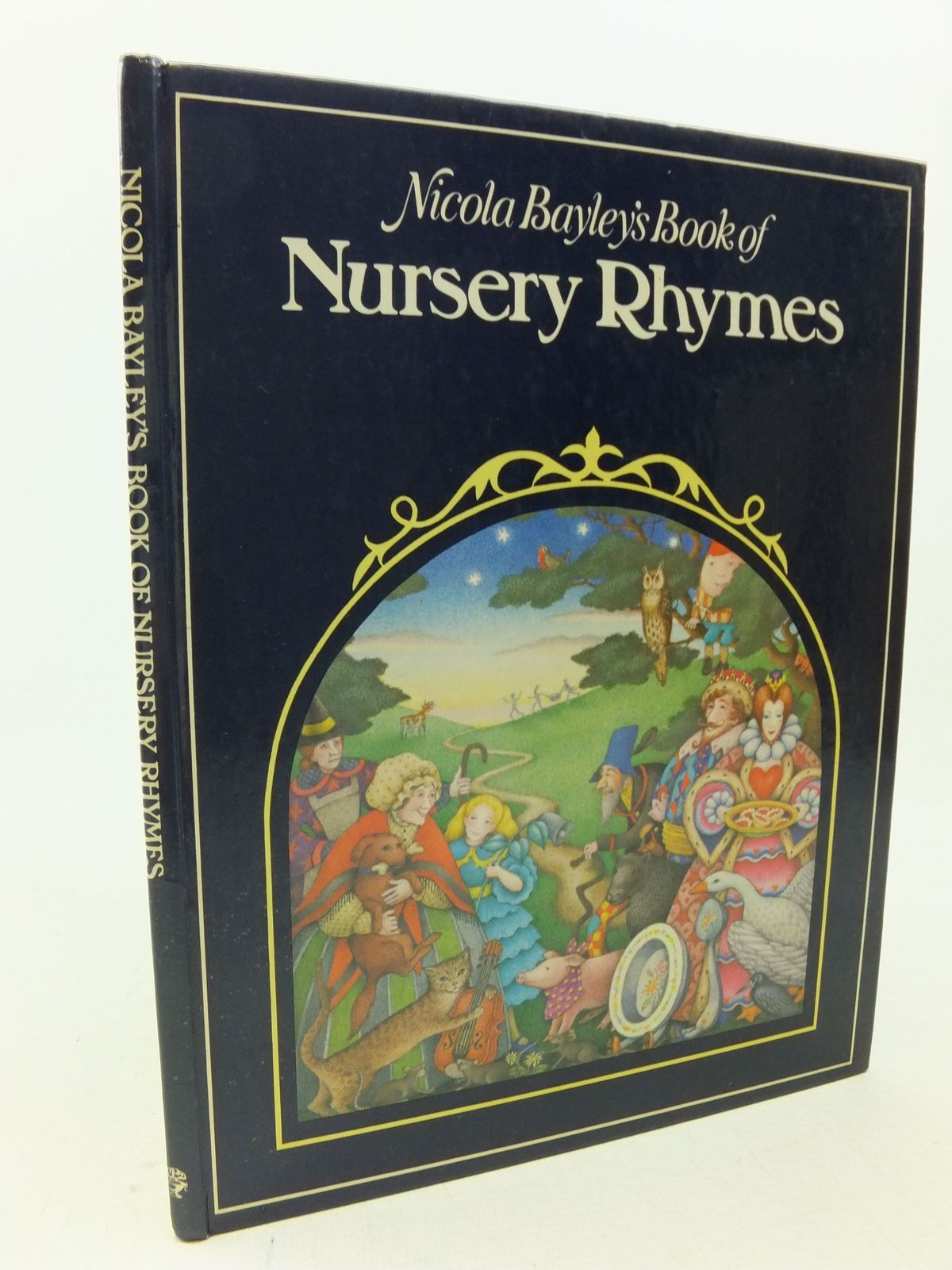 Photo of NICOLA BAYLEY'S BOOK OF NURSERY RHYMES illustrated by Bayley, Nicola published by Jonathan Cape (STOCK CODE: 1109210)  for sale by Stella & Rose's Books