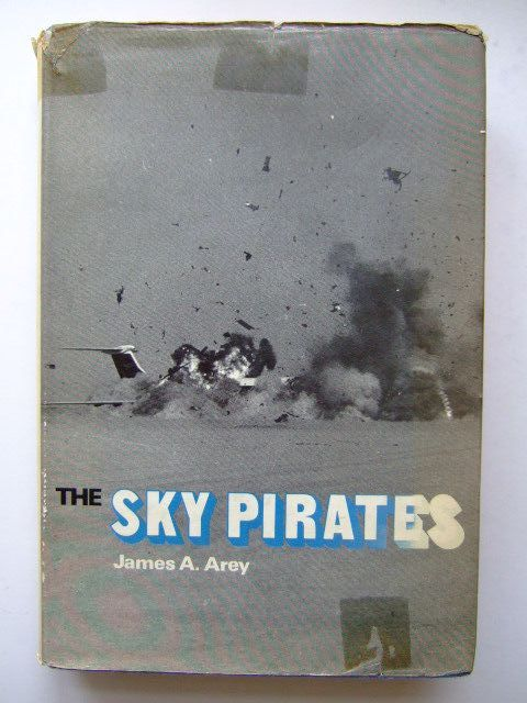 Photo of THE SKY PIRATES written by Arey, James A. published by Ian Allan (STOCK CODE: 1203394)  for sale by Stella & Rose's Books
