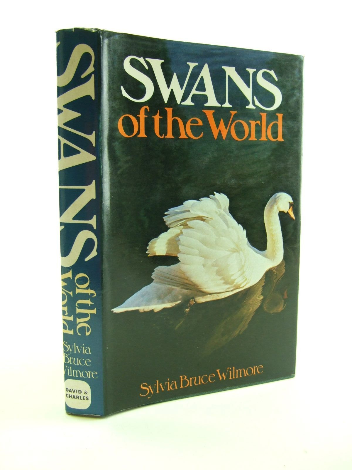 Photo of SWANS OF THE WORLD written by Wilmore, Sylvia Bruce published by David & Charles (STOCK CODE: 1207141)  for sale by Stella & Rose's Books