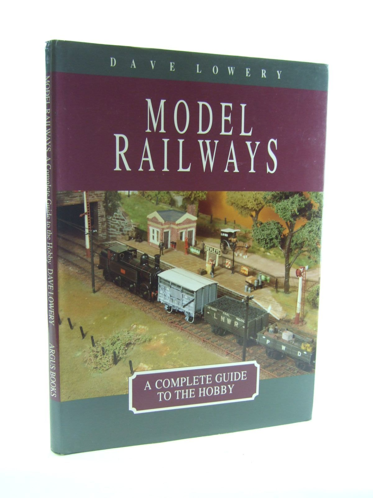 Photo of MODEL RAILWAYS written by Lowery, Dave published by Argus Books (STOCK CODE: 1207158)  for sale by Stella & Rose's Books
