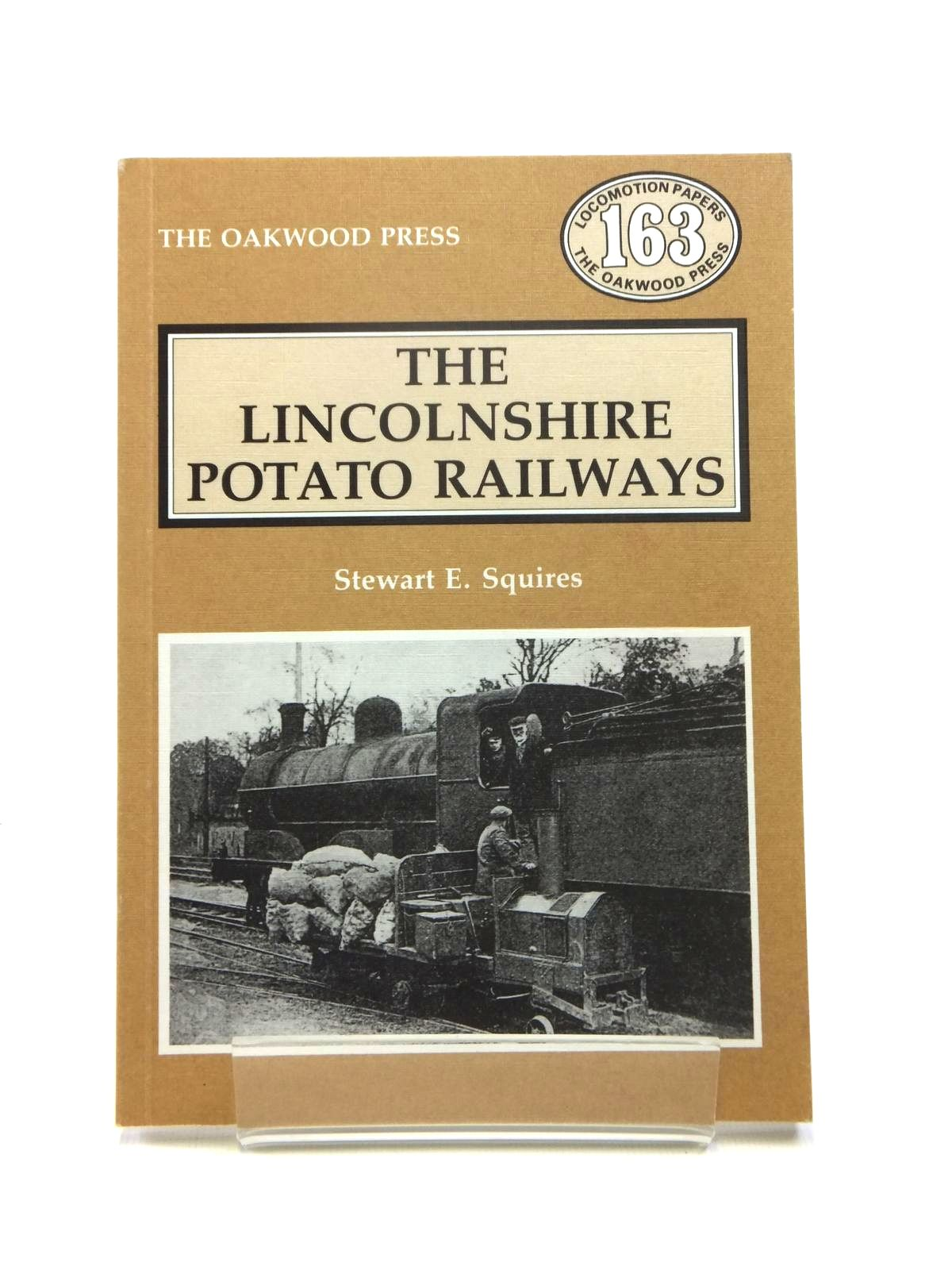 Photo of THE LINCOLNSHIRE POTATO RAILWAYS written by Squires, Stewart E. published by The Oakwood Press (STOCK CODE: 1208451)  for sale by Stella & Rose's Books