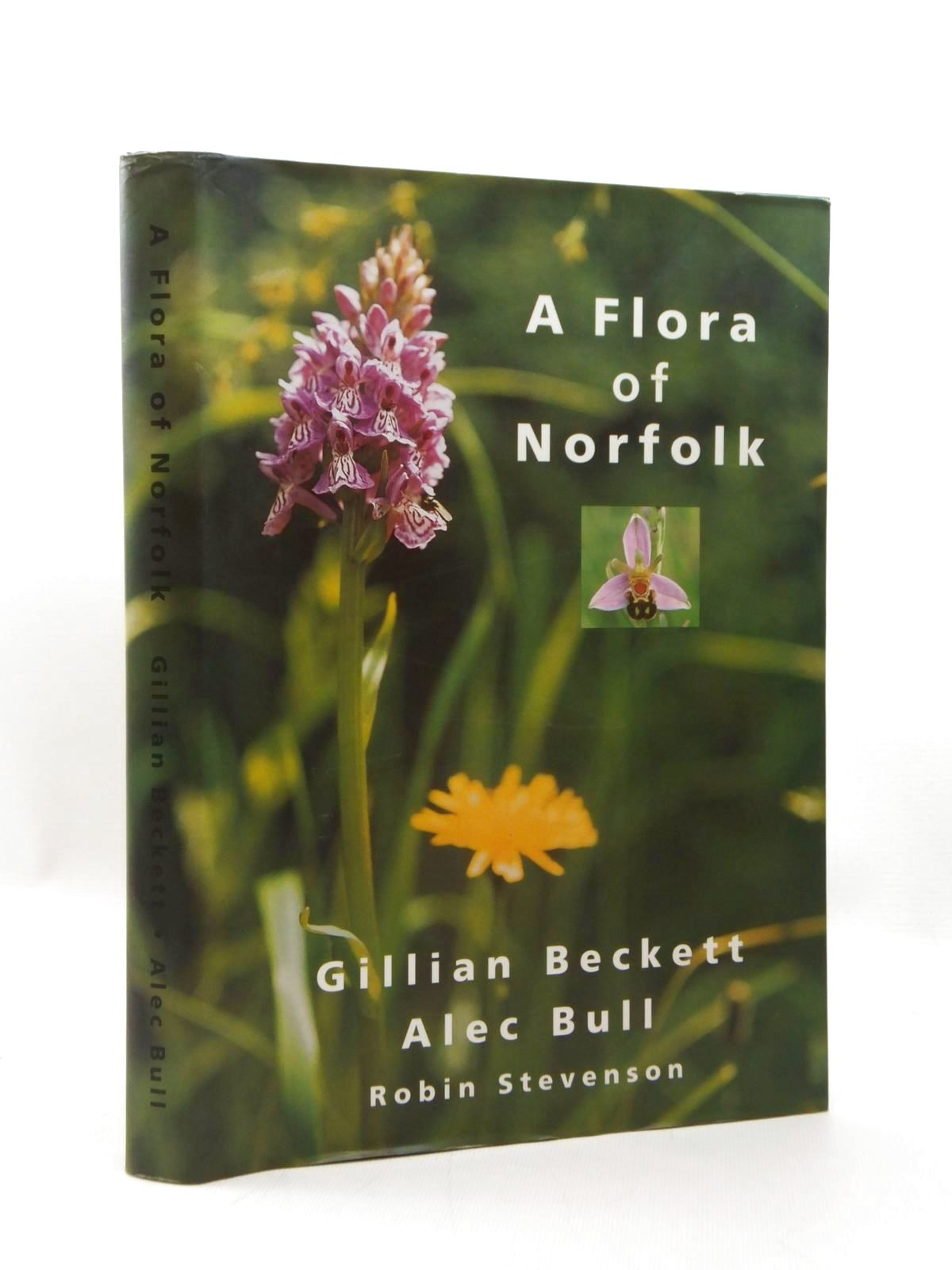 Photo of A FLORA OF NORFOLK written by Beckett, Gillian<br />Bull, Alec published by Gillian Beckett (STOCK CODE: 1208703)  for sale by Stella & Rose's Books