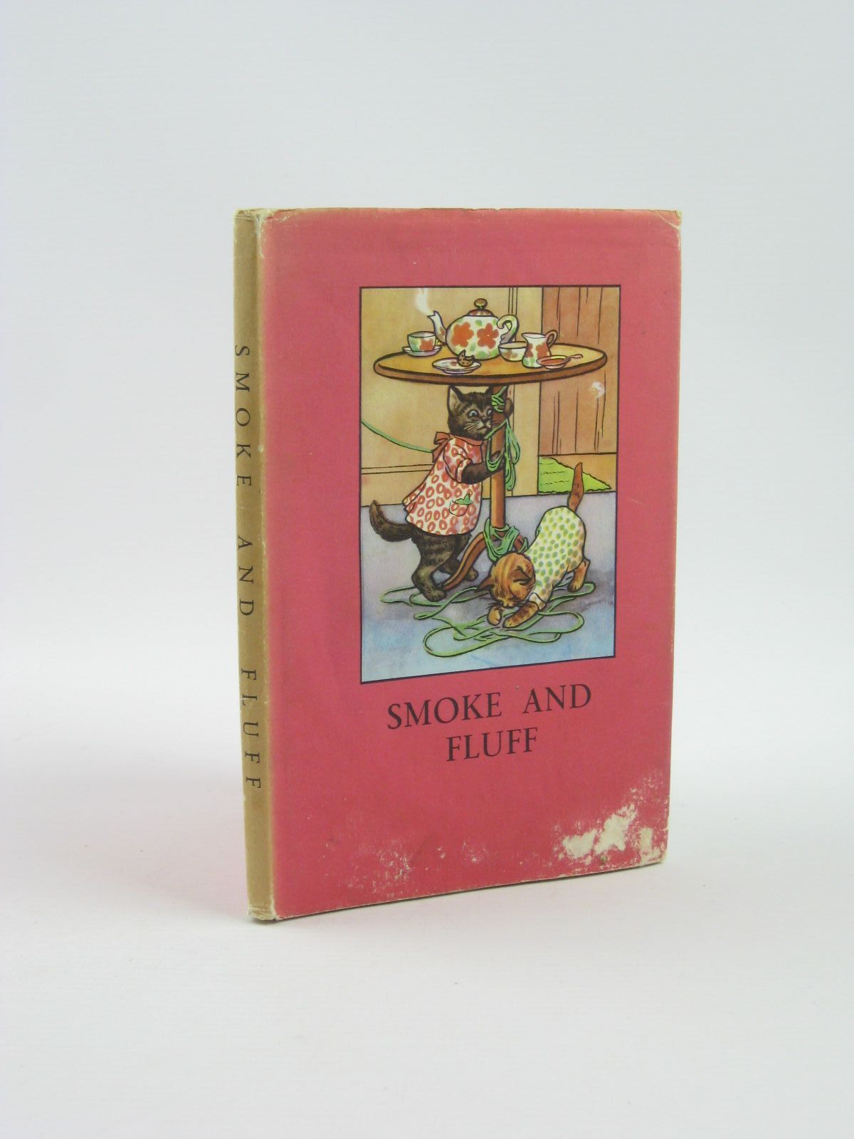 Photo of SMOKE AND FLUFF written by Perring, W.<br />Macgregor, A.J. illustrated by Macgregor, A.J. published by Wills & Hepworth Ltd. (STOCK CODE: 1310713)  for sale by Stella & Rose's Books