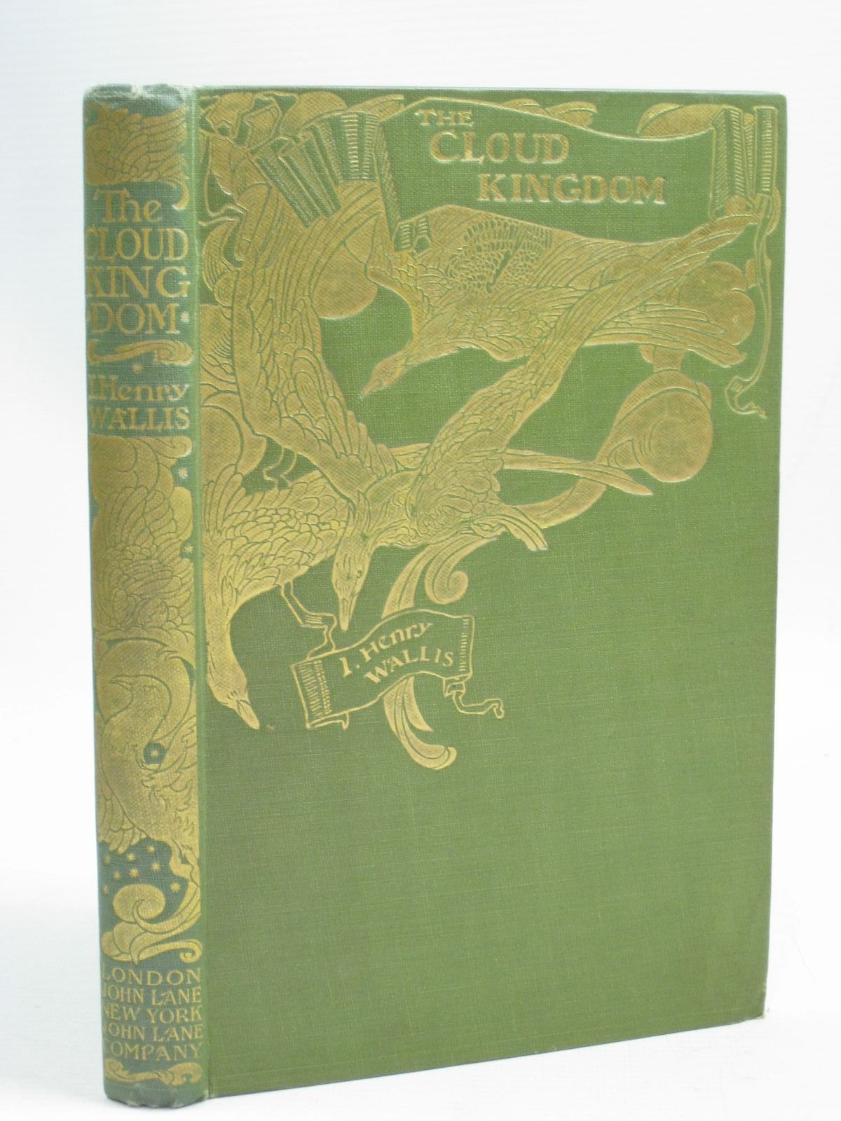 Photo of THE CLOUD KINGDOM written by Wallis, I. Henry illustrated by Robinson, Charles published by John Lane The Bodley Head (STOCK CODE: 1315823)  for sale by Stella & Rose's Books