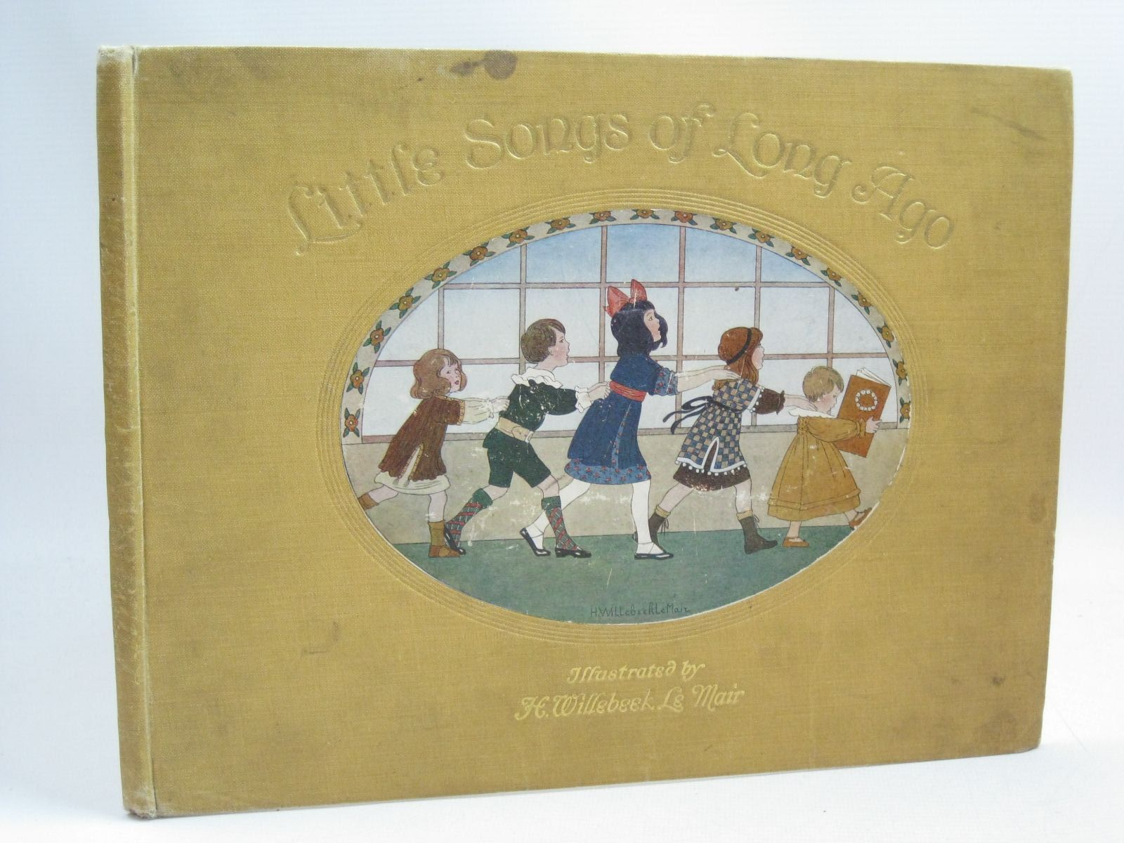 Photo of LITTLE SONGS OF LONG AGO written by Moffat, Alfred illustrated by Willebeek Le Mair, Henriette published by Augener Ltd. (STOCK CODE: 1316101)  for sale by Stella & Rose's Books