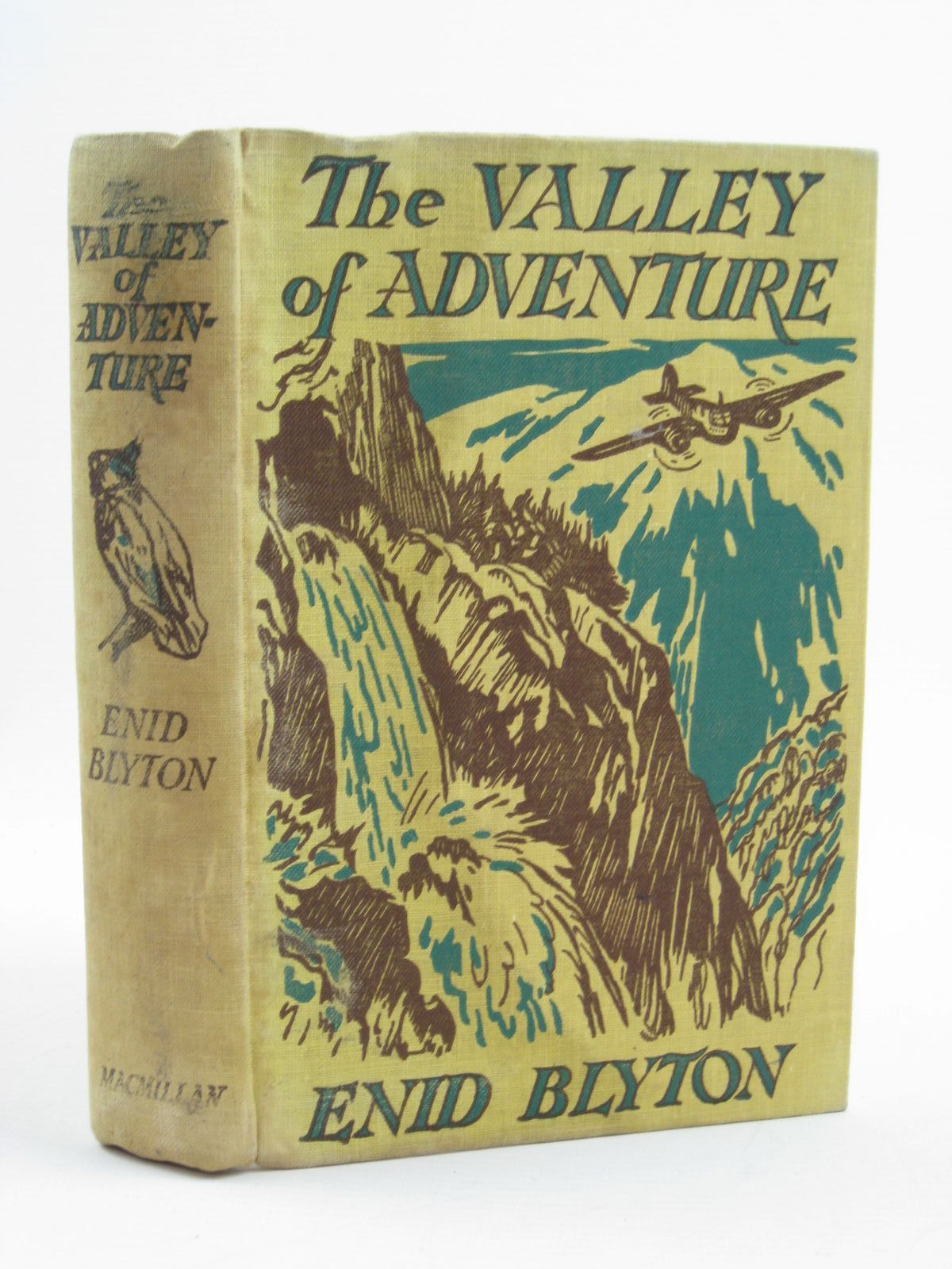 Photo of THE VALLEY OF ADVENTURE- Stock Number: 1316711