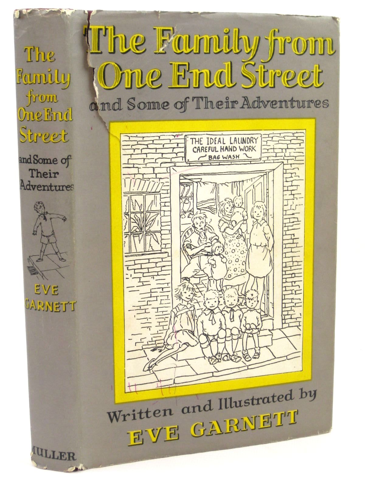 Photo of THE FAMILY FROM ONE END STREET written by Garnett, Eve illustrated by Garnett, Eve published by Frederick Muller Ltd. (STOCK CODE: 1316783)  for sale by Stella & Rose's Books
