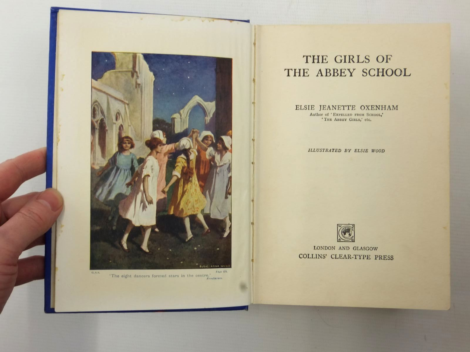 Photo of THE GIRLS OF THE ABBEY SCHOOL written by Oxenham, Elsie J. illustrated by Wood, Elsie Anna published by Collins Clear-Type Press (STOCK CODE: 1317197)  for sale by Stella & Rose's Books