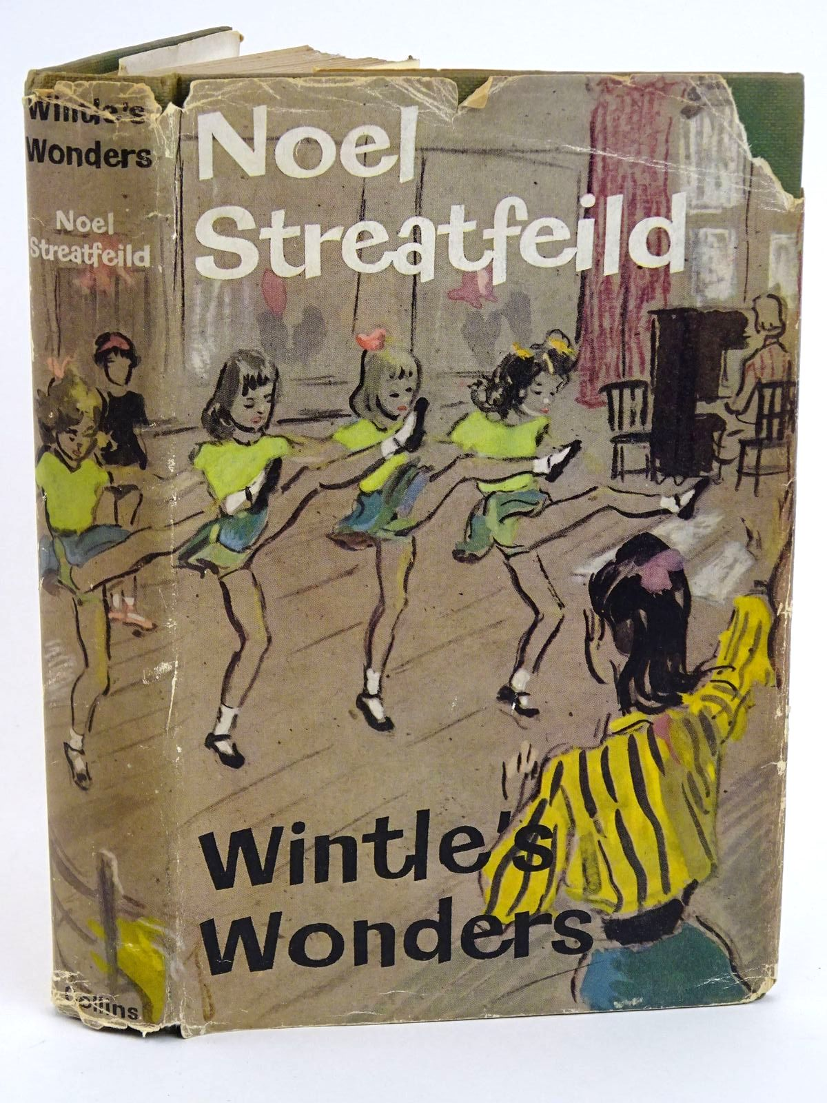 Photo of WINTLE'S WONDERS written by Streatfeild, Noel illustrated by Kennedy, Richard published by Collins (STOCK CODE: 1318217)  for sale by Stella & Rose's Books