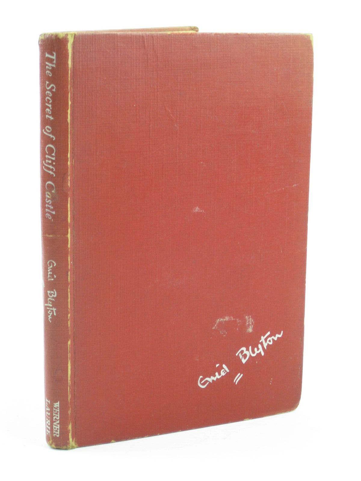 Photo of THE SECRET OF CLIFF CASTLE written by Blyton, Enid illustrated by Brook, G. published by Werner Laurie (STOCK CODE: 1401858)  for sale by Stella & Rose's Books