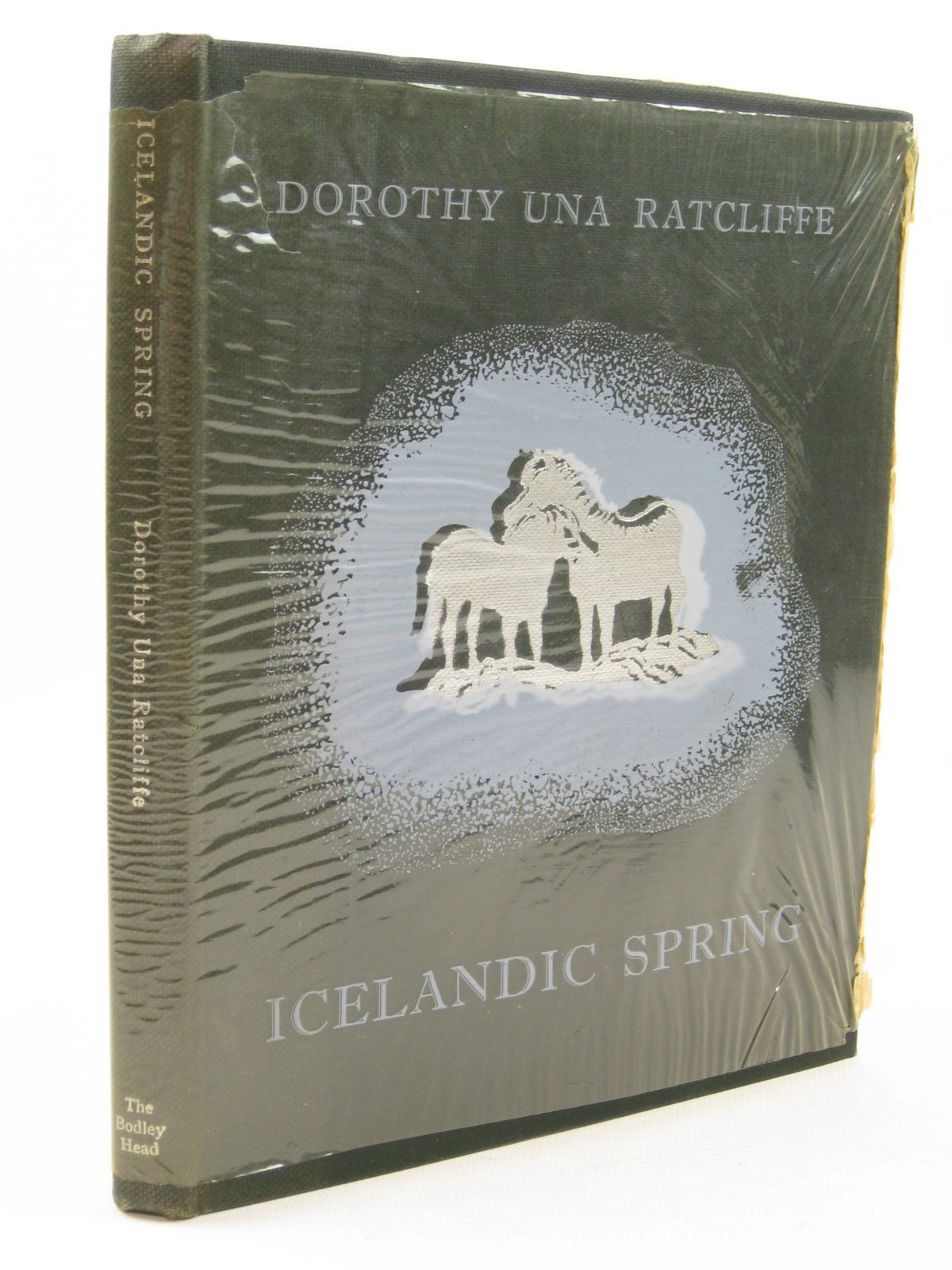 Photo of ICELANDIC SPRING written by Ratcliffe, Dorothy Una illustrated by Arnason, Barbara published by The Bodley Head (STOCK CODE: 1402429)  for sale by Stella & Rose's Books