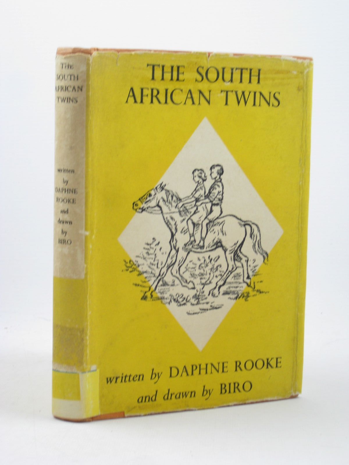 Photo of THE SOUTH AFRICAN TWINS written by Rooke, Daphne illustrated by Biro,  published by Jonathan Cape (STOCK CODE: 1402576)  for sale by Stella & Rose's Books