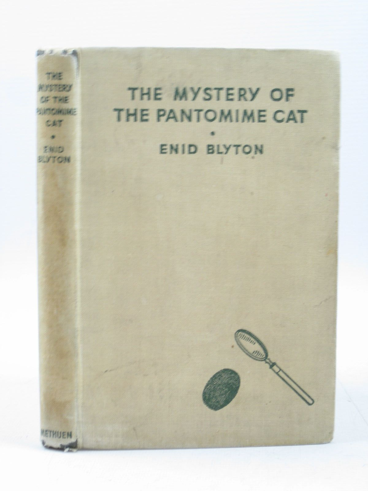 Photo of THE MYSTERY OF THE PANTOMIME CAT written by Blyton, Enid illustrated by Abbey, J. published by Methuen & Co. Ltd. (STOCK CODE: 1403127)  for sale by Stella & Rose's Books