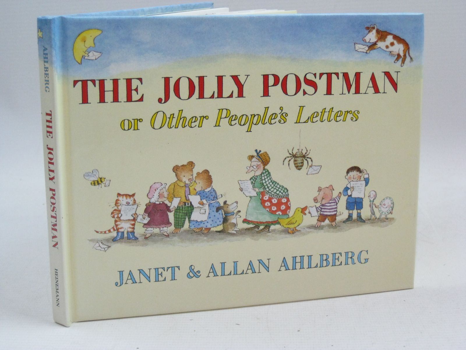 Photo of THE JOLLY POSTMAN OR OTHER PEOPLE'S LETTERS written by Ahlberg, Allan illustrated by Ahlberg, Janet published by Heinemann (STOCK CODE: 1405160)  for sale by Stella & Rose's Books