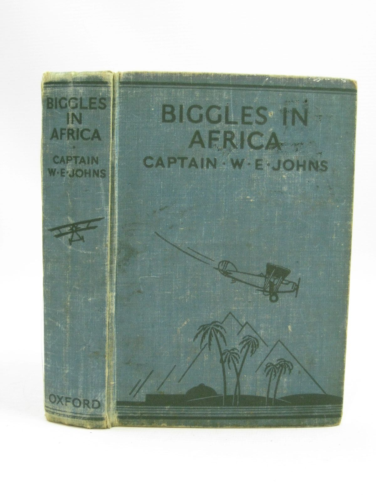 Photo of BIGGLES IN AFRICA written by Johns, W.E. illustrated by Leigh, Howard<br />Sindall, Alfred published by Oxford University Press, Humphrey Milford (STOCK CODE: 1405219)  for sale by Stella & Rose's Books