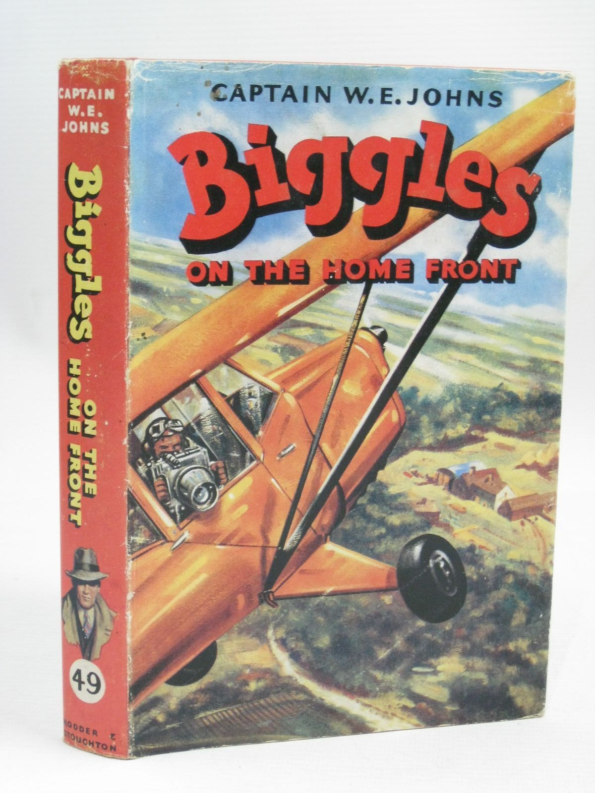 Photo of BIGGLES ON THE HOME FRONT written by Johns, W.E. illustrated by Stead,  published by Hodder & Stoughton (STOCK CODE: 1405751)  for sale by Stella & Rose's Books