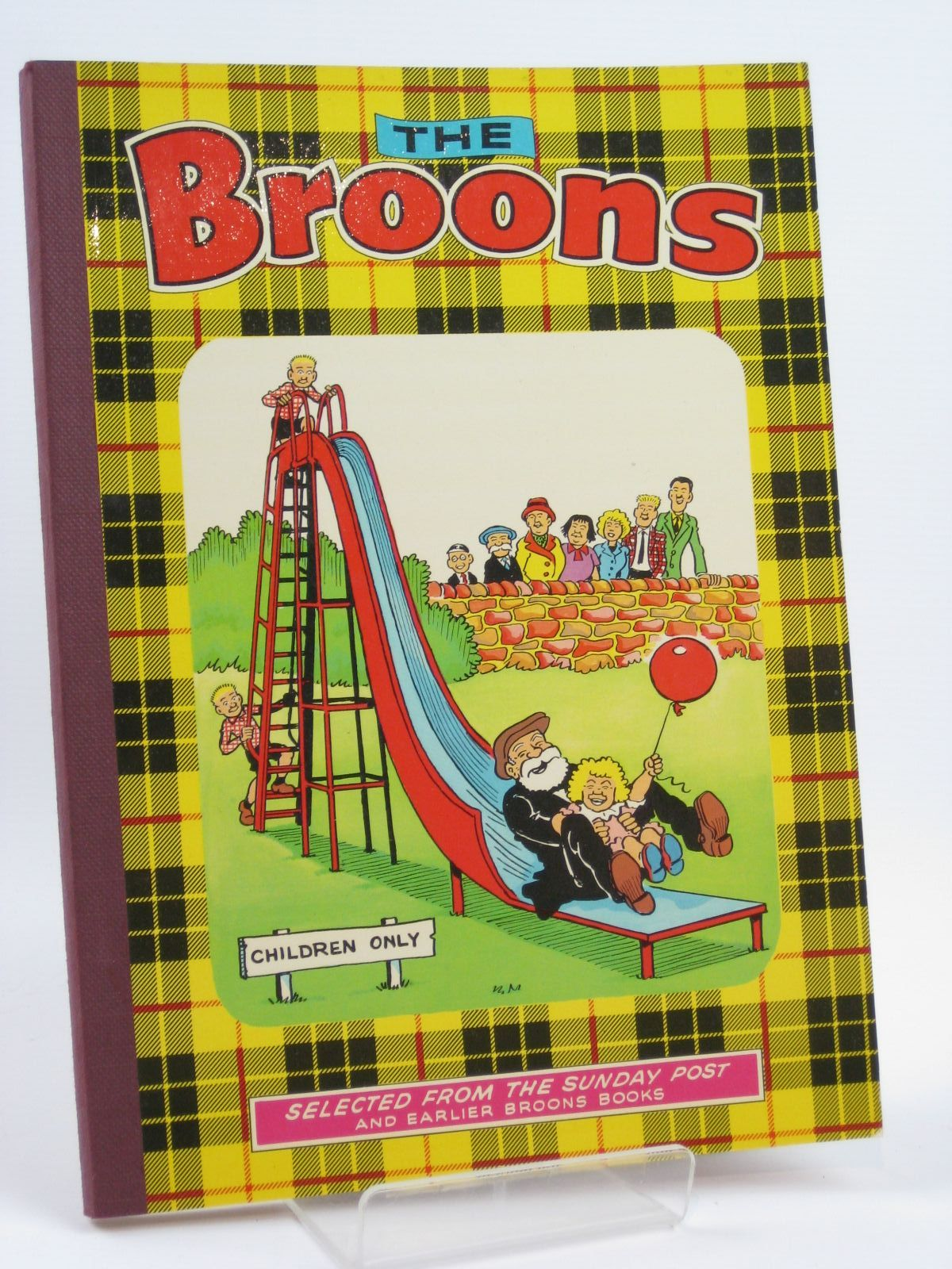 Photo of THE BROONS 1976 published by D.C. Thomson & Co Ltd. (STOCK CODE: 1406160)  for sale by Stella & Rose's Books