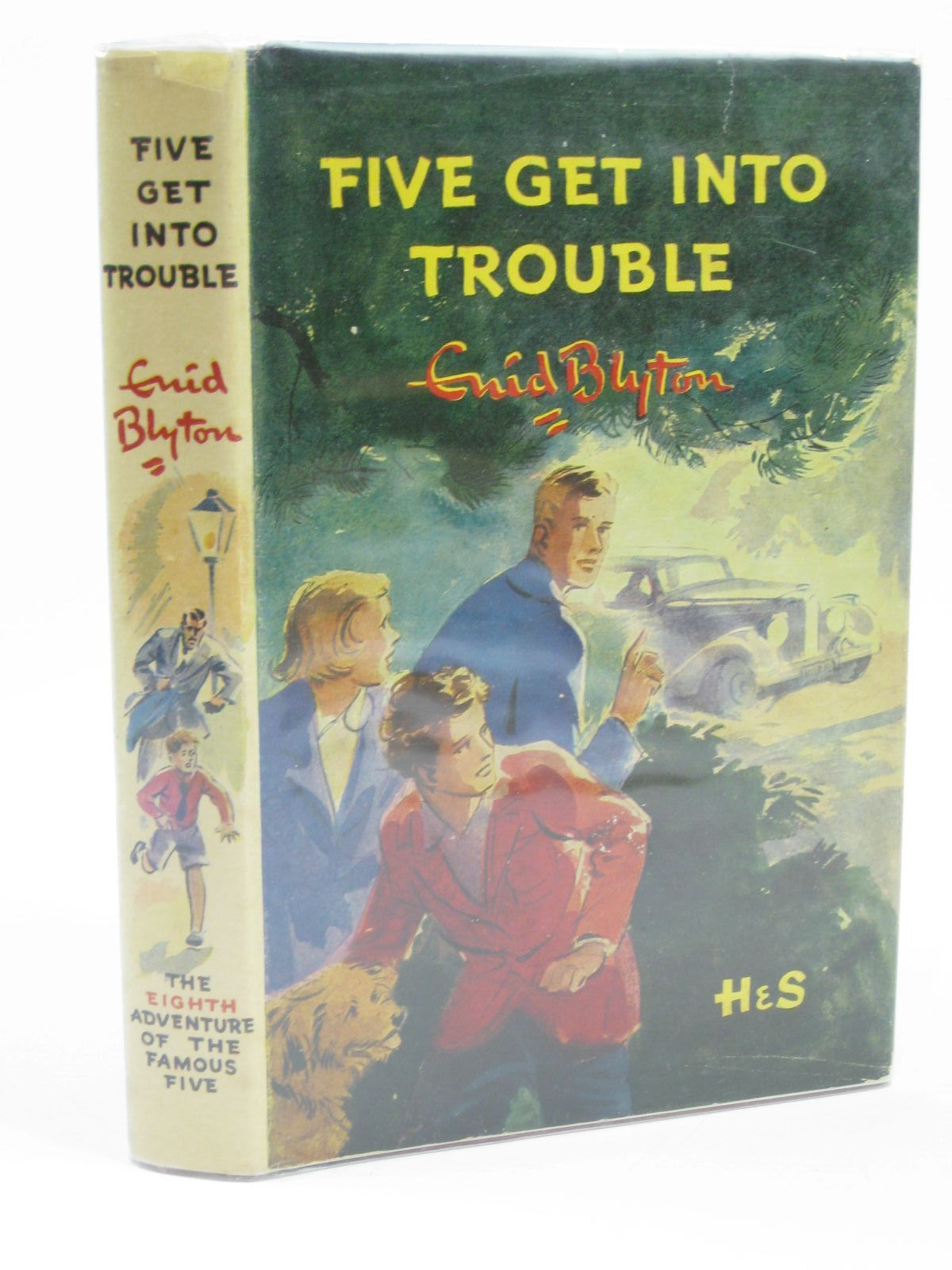 Photo of FIVE GET INTO TROUBLE- Stock Number: 1406325