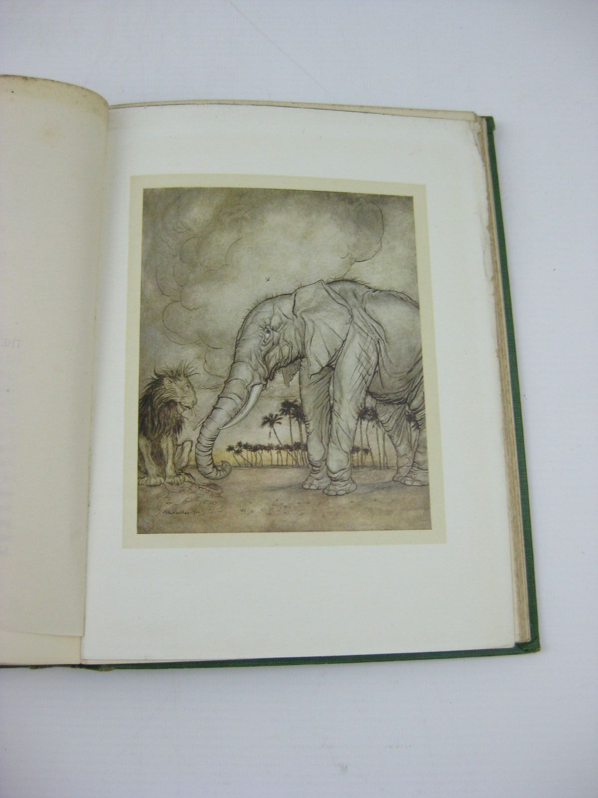 Photo of AESOP'S FABLES written by Aesop, <br />Jones, V.S. Vernon illustrated by Rackham, Arthur published by William Heinemann (STOCK CODE: 1406453)  for sale by Stella & Rose's Books