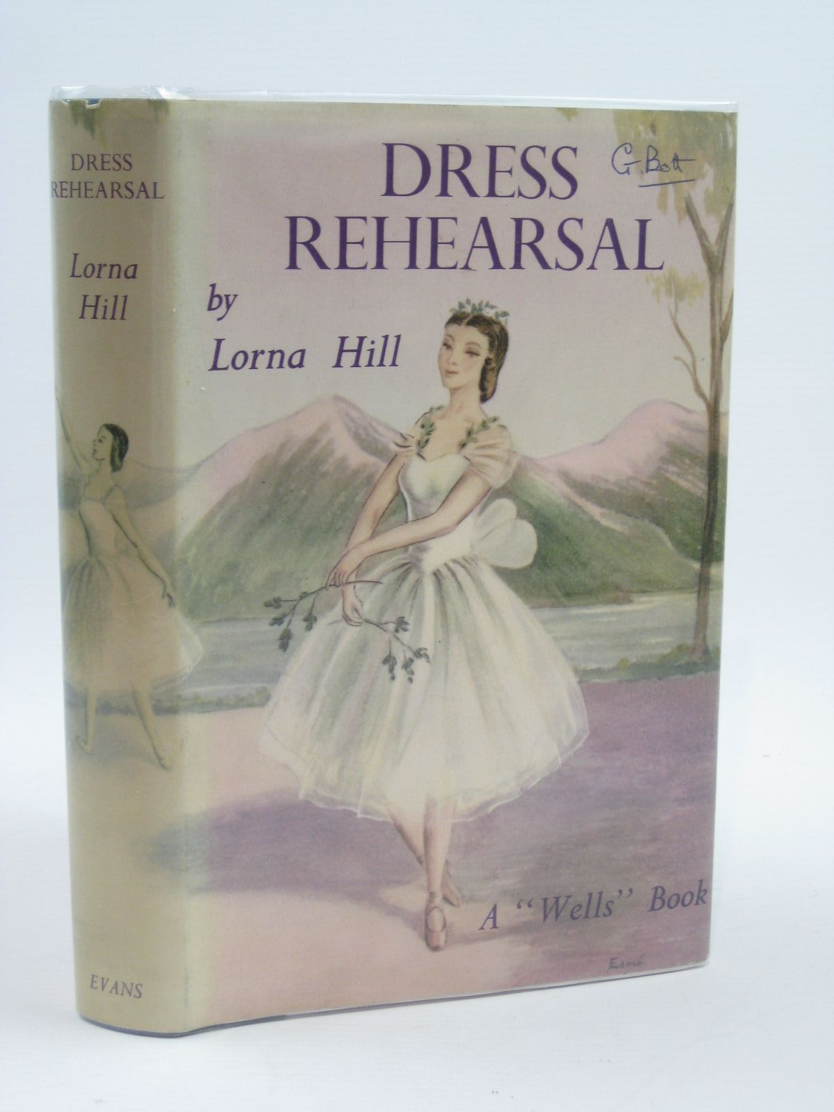 Photo of DRESS REHEARSAL written by Hill, Lorna illustrated by Verity, Esme published by Evans Brothers Limited (STOCK CODE: 1406631)  for sale by Stella & Rose's Books