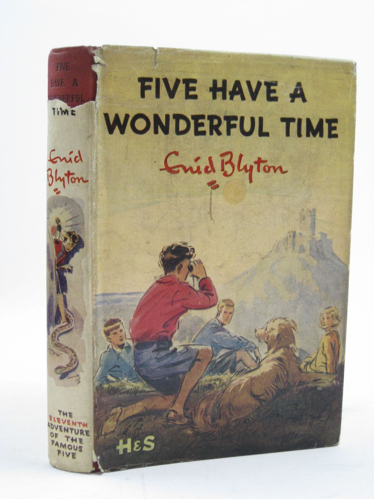 Photo of FIVE HAVE A WONDERFUL TIME written by Blyton, Enid illustrated by Soper, Eileen published by Hodder & Stoughton (STOCK CODE: 1407008)  for sale by Stella & Rose's Books