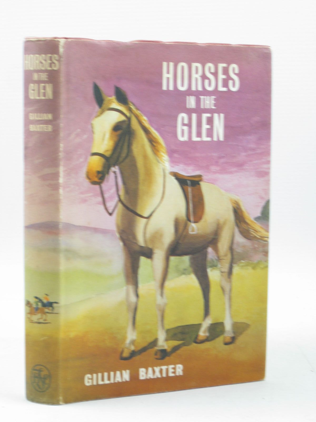 Photo of HORSES IN THE GLEN written by Baxter, Gillian illustrated by Grant, Elisabeth published by The Children's Book Club (STOCK CODE: 1503607)  for sale by Stella & Rose's Books