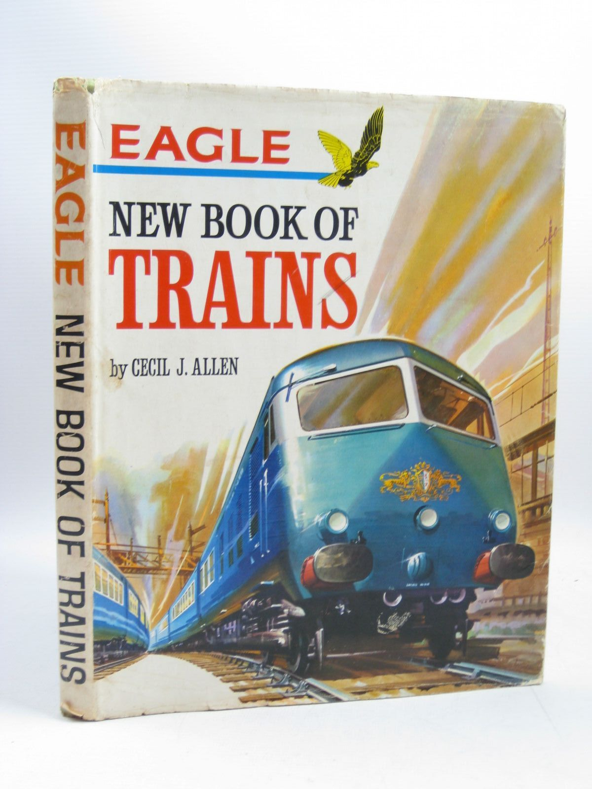 Photo of EAGLE NEW BOOK OF TRAINS written by Allen, Cecil J. published by Longacre Press (STOCK CODE: 1504115)  for sale by Stella & Rose's Books