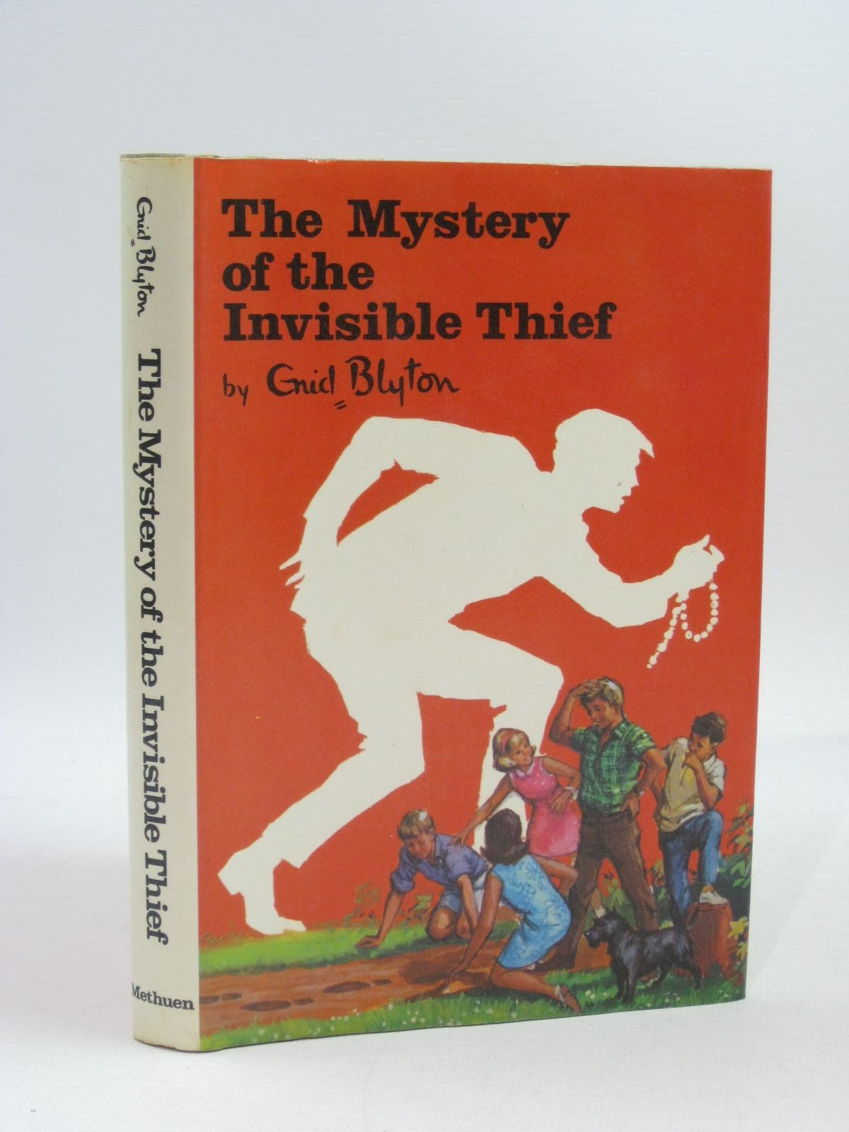 Photo of THE MYSTERY OF THE INVISIBLE THIEF written by Blyton, Enid illustrated by Chapple, Jenny published by Methuen Children's Books (STOCK CODE: 1504711)  for sale by Stella & Rose's Books
