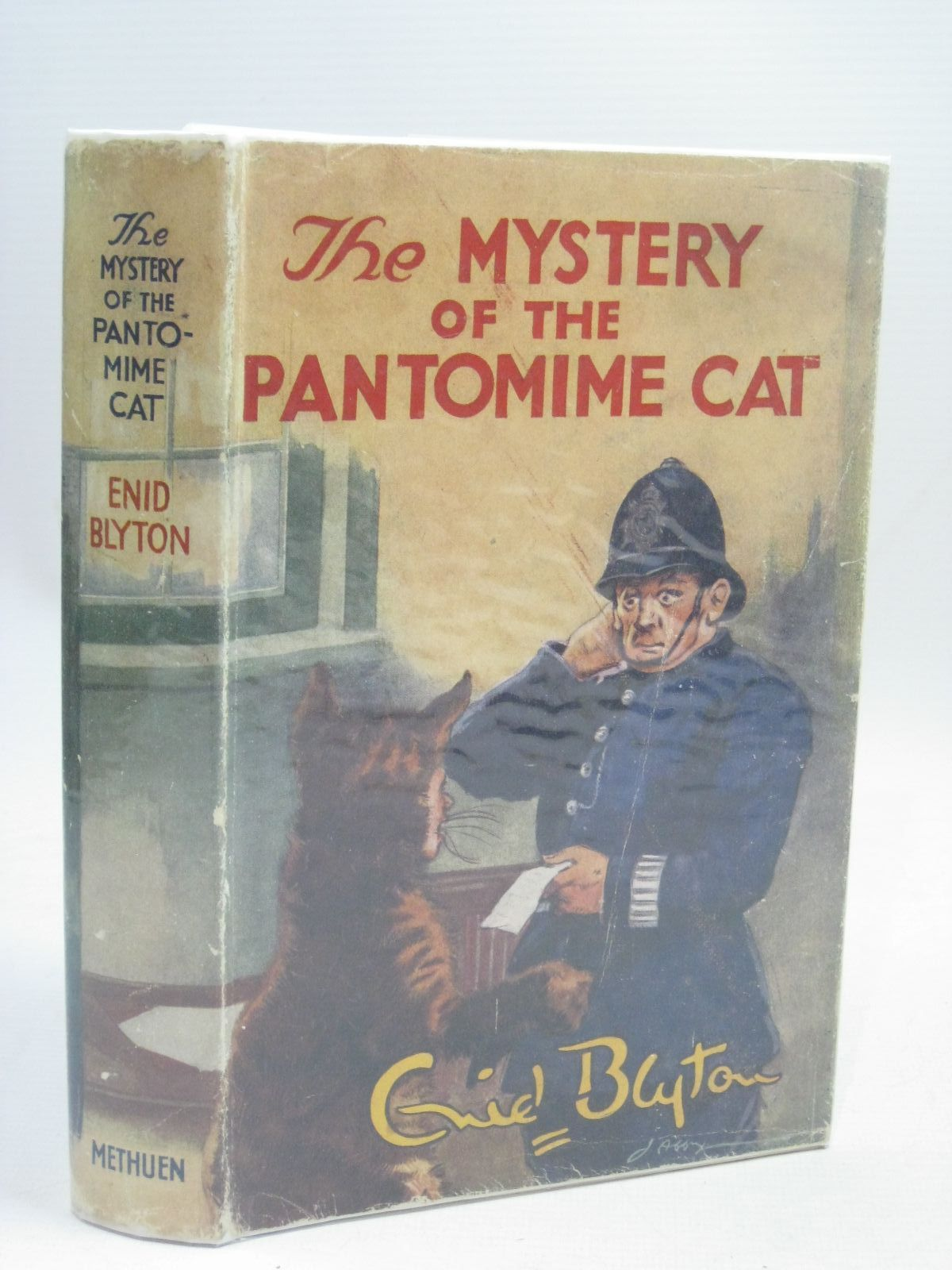 Photo of THE MYSTERY OF THE PANTOMIME CAT written by Blyton, Enid illustrated by Abbey, J. published by Methuen & Co. Ltd. (STOCK CODE: 1506310)  for sale by Stella & Rose's Books