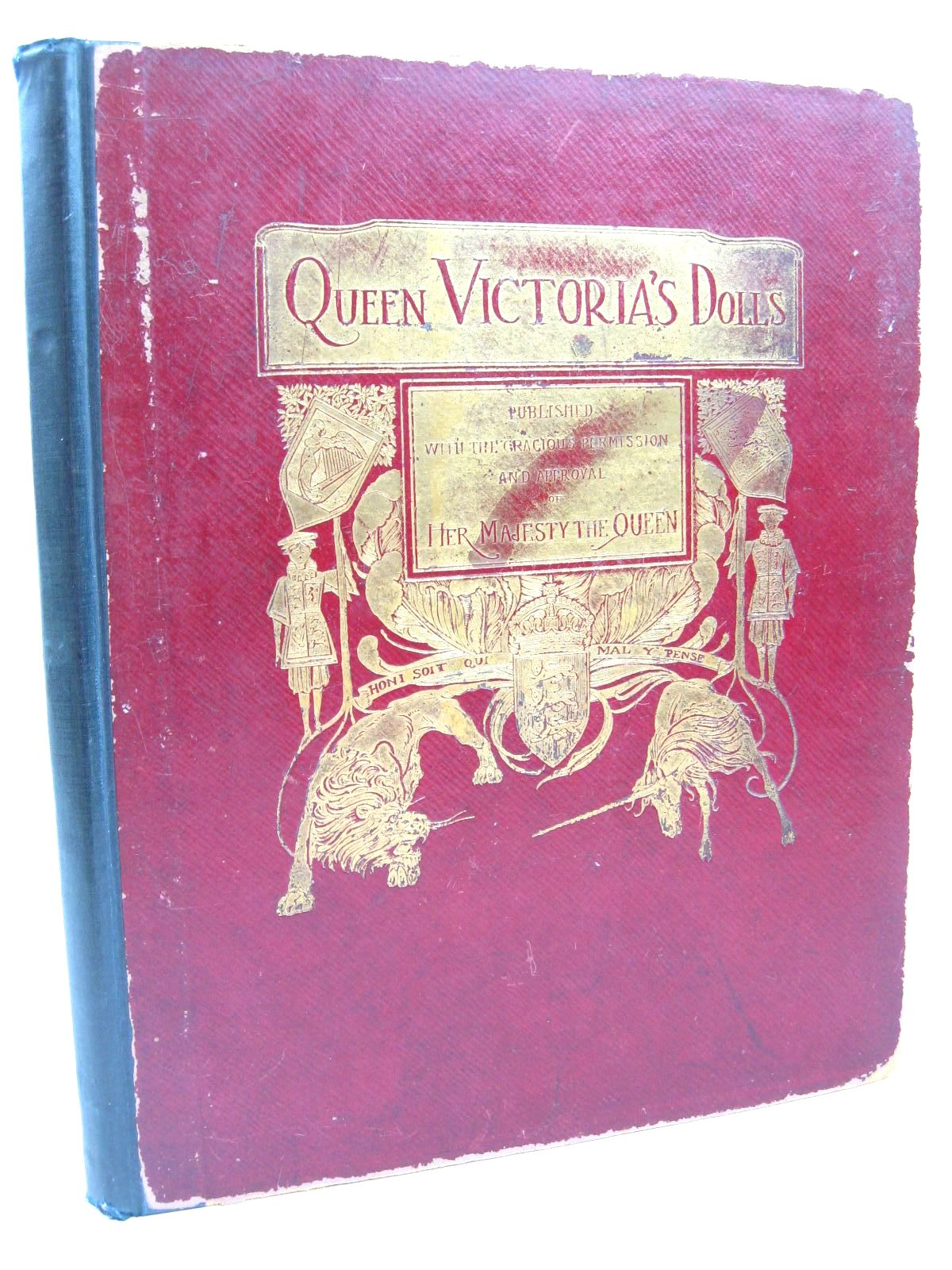 Photo of QUEEN VICTORIA'S DOLLS written by Low, Frances H. illustrated by Wright, Alan published by George Newnes Limited (STOCK CODE: 1506657)  for sale by Stella & Rose's Books