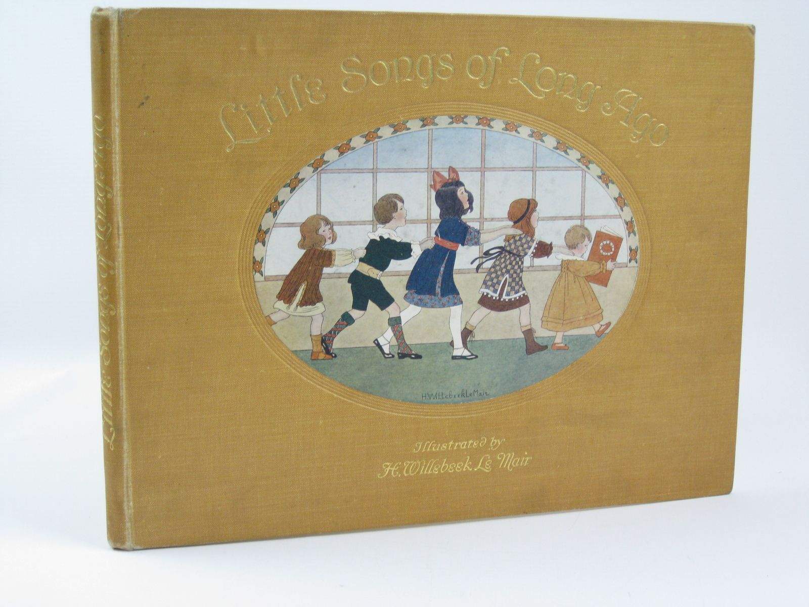 Photo of LITTLE SONGS OF LONG AGO written by Moffat, Alfred illustrated by Willebeek Le Mair, Henriette published by Augener Ltd. (STOCK CODE: 1506742)  for sale by Stella & Rose's Books