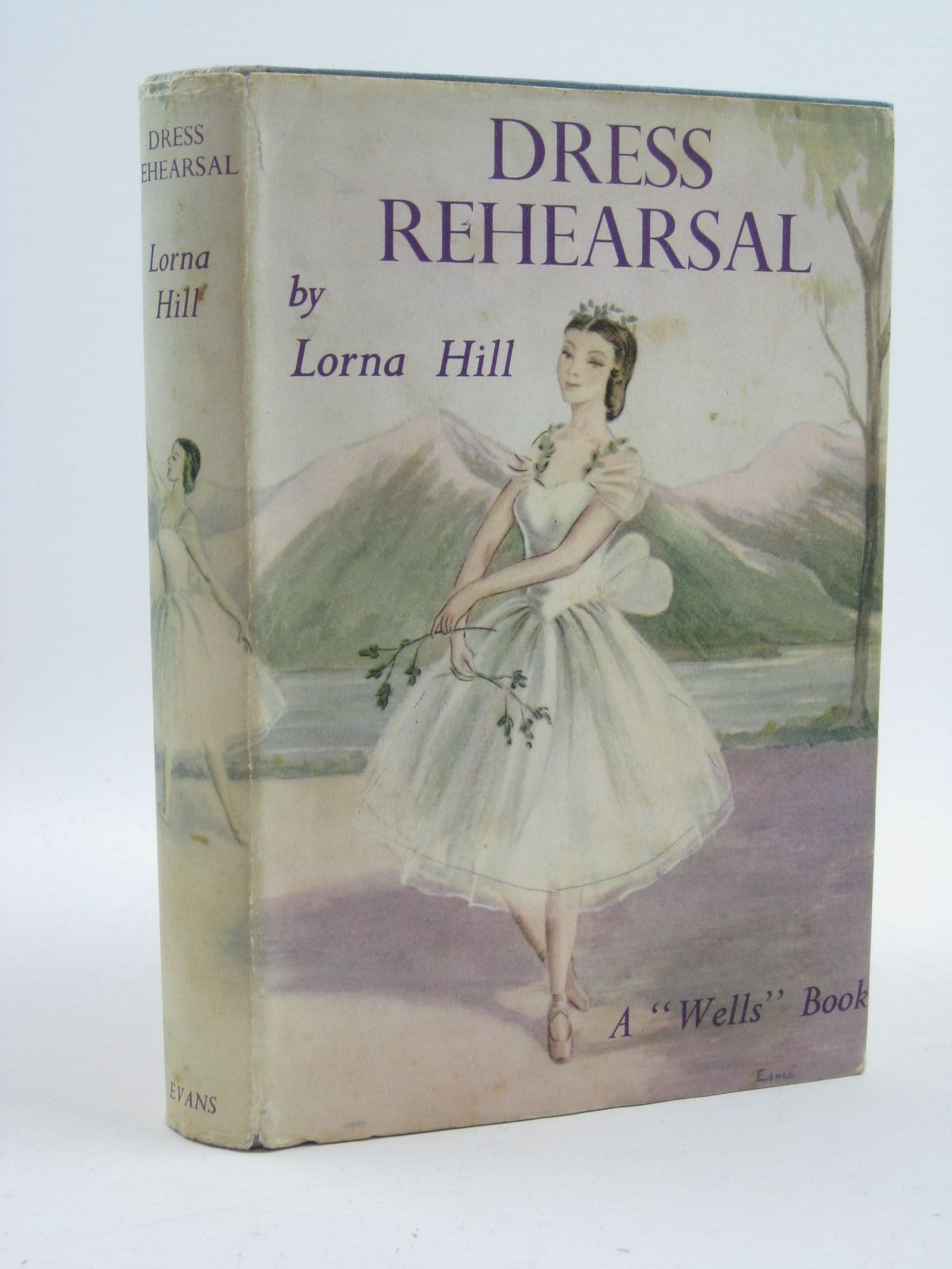 Photo of DRESS REHEARSAL written by Hill, Lorna illustrated by Verity, Esme published by Evans Brothers Limited (STOCK CODE: 1507421)  for sale by Stella & Rose's Books