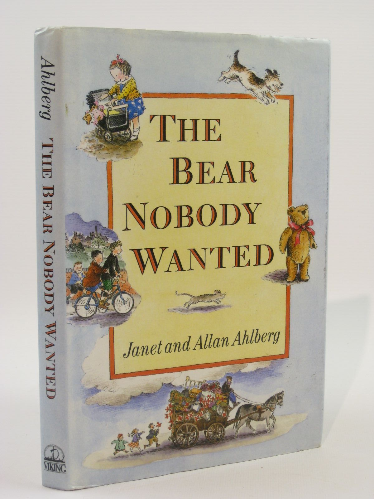 Photo of THE BEAR NOBODY WANTED written by Ahlberg, Allan illustrated by Ahlberg, Janet published by Viking (STOCK CODE: 1507579)  for sale by Stella & Rose's Books