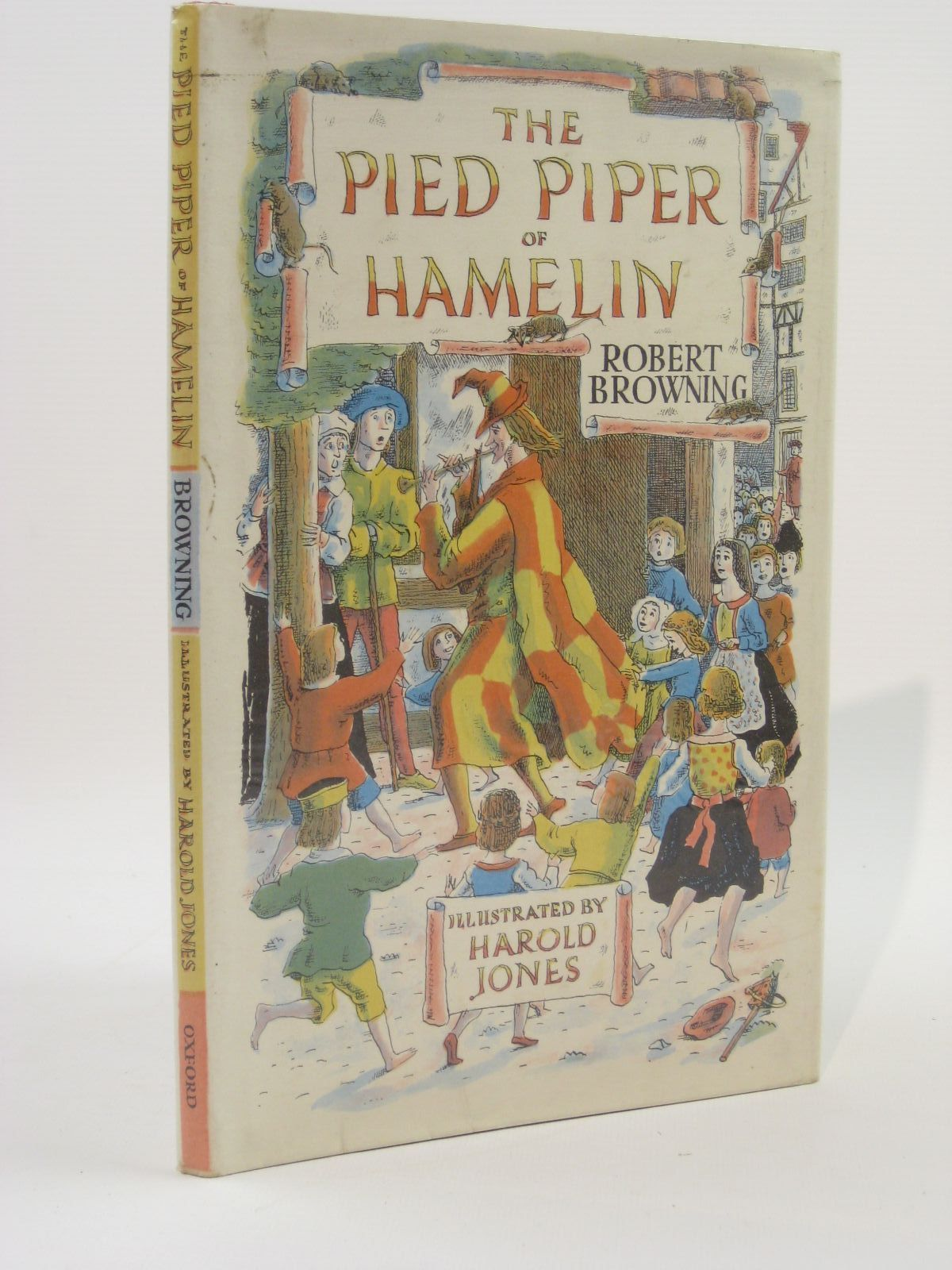 Photo of THE PIED PIPER OF HAMELIN written by Browning, Robert illustrated by Jones, Harold published by Oxford University Press (STOCK CODE: 1507583)  for sale by Stella & Rose's Books
