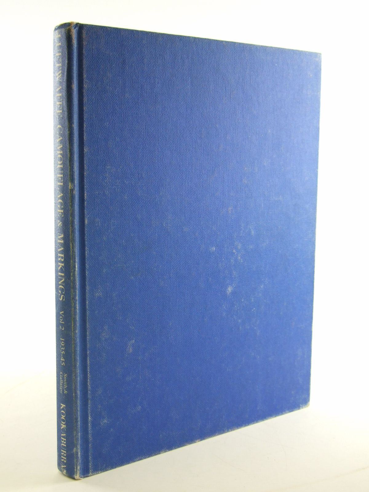 Photo of LUFTWAFFE CAMOUFLAGE & MARKINGS 1935-45 VOL 2 written by Smith, J.R.<br />Gallaspy, J.D. illustrated by Pentland, Geoffrey published by Kookaburra Technical Publications (STOCK CODE: 1602878)  for sale by Stella & Rose's Books