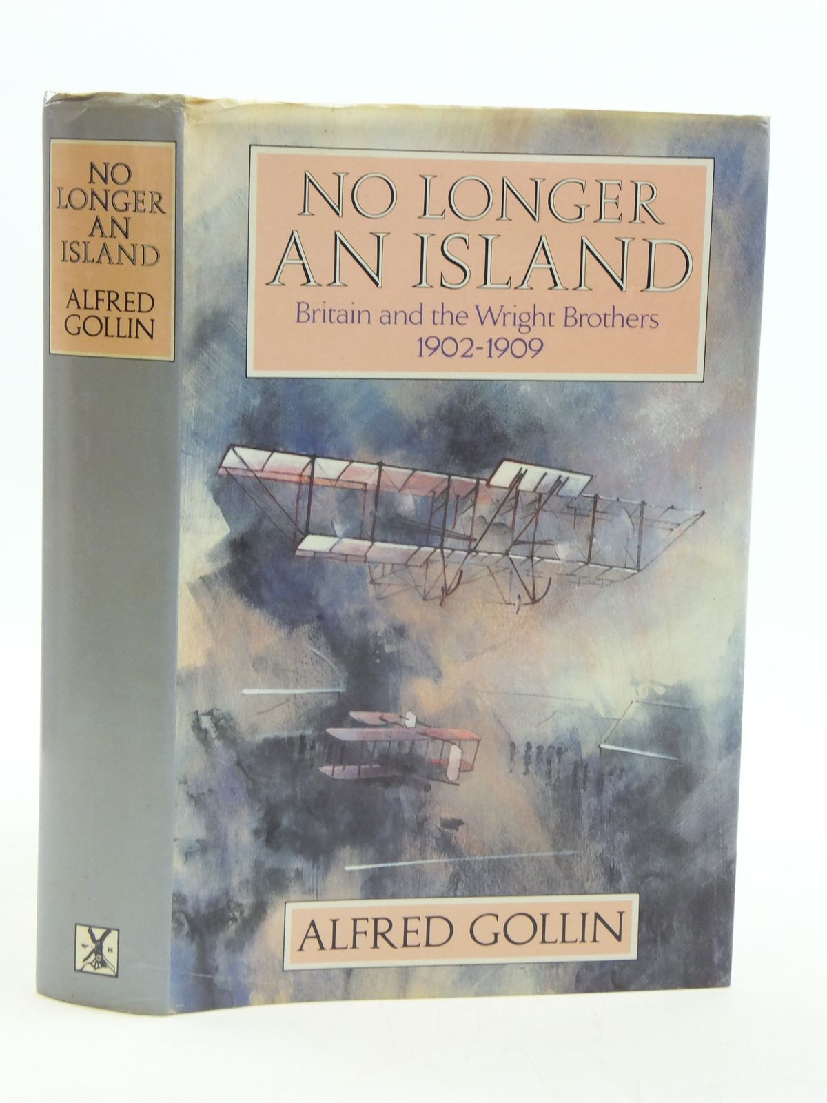 Photo of NO LONGER AN ISLAND written by Gollin, Alfred published by Heinemann (STOCK CODE: 1605024)  for sale by Stella & Rose's Books