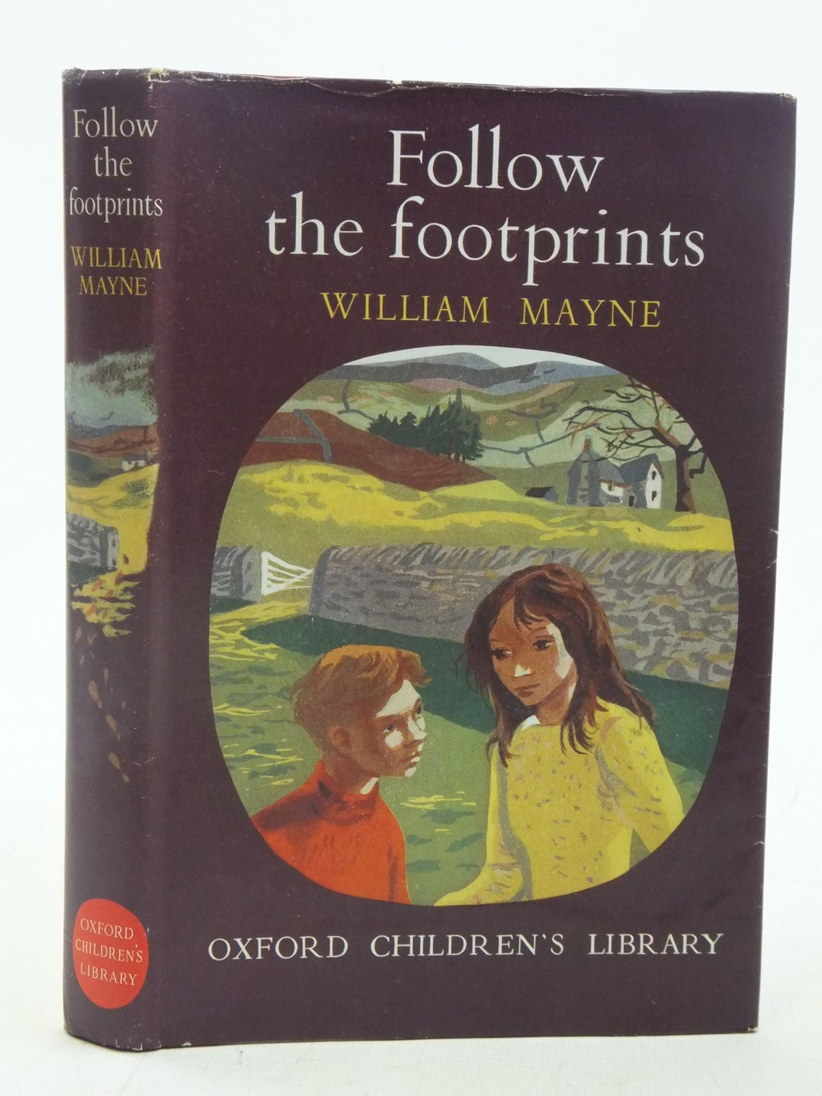 Photo of FOLLOW THE FOOTPRINTS written by Mayne, William illustrated by Hughes, Shirley published by Oxford University Press (STOCK CODE: 1606739)  for sale by Stella & Rose's Books