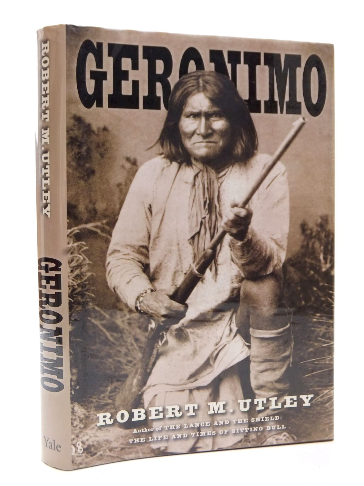 Photo of GERONIMO written by Utley, Robert M. published by Yale University Press (STOCK CODE: 1609323)  for sale by Stella & Rose's Books