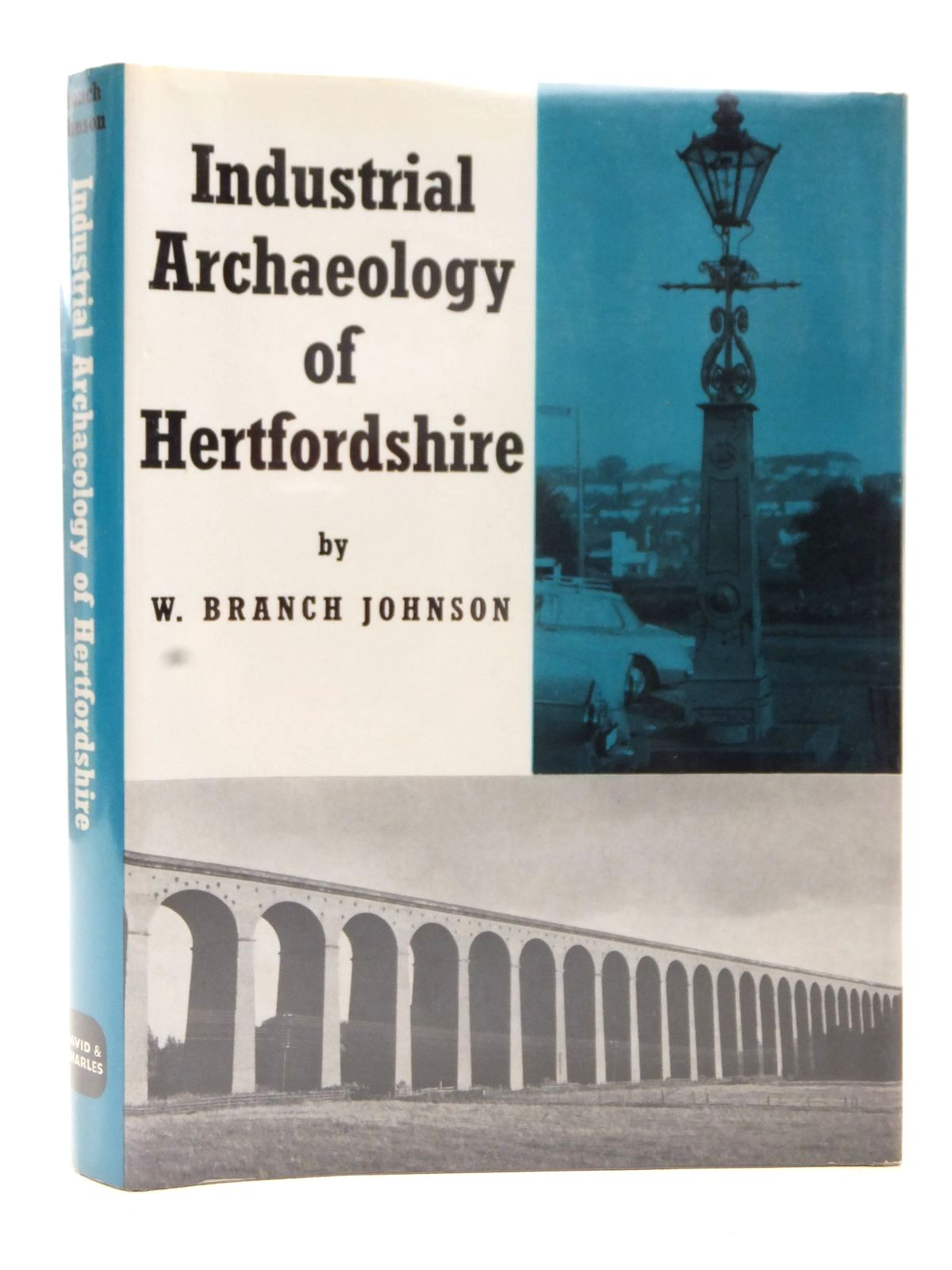 Photo of THE INDUSTRIAL ARCHAEOLOGY OF HERTFORDSHIRE written by Johnson, W. Branch published by David & Charles (STOCK CODE: 1609374)  for sale by Stella & Rose's Books