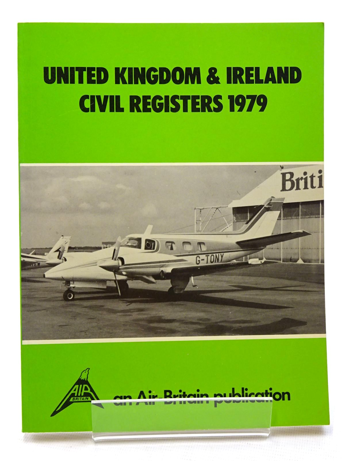 Photo of UNITED KINGDOM & IRELAND CIVIL REGISTERS 1979 written by Martin, Bernard published by Air-Britain (Historians) Ltd. (STOCK CODE: 1610404)  for sale by Stella & Rose's Books