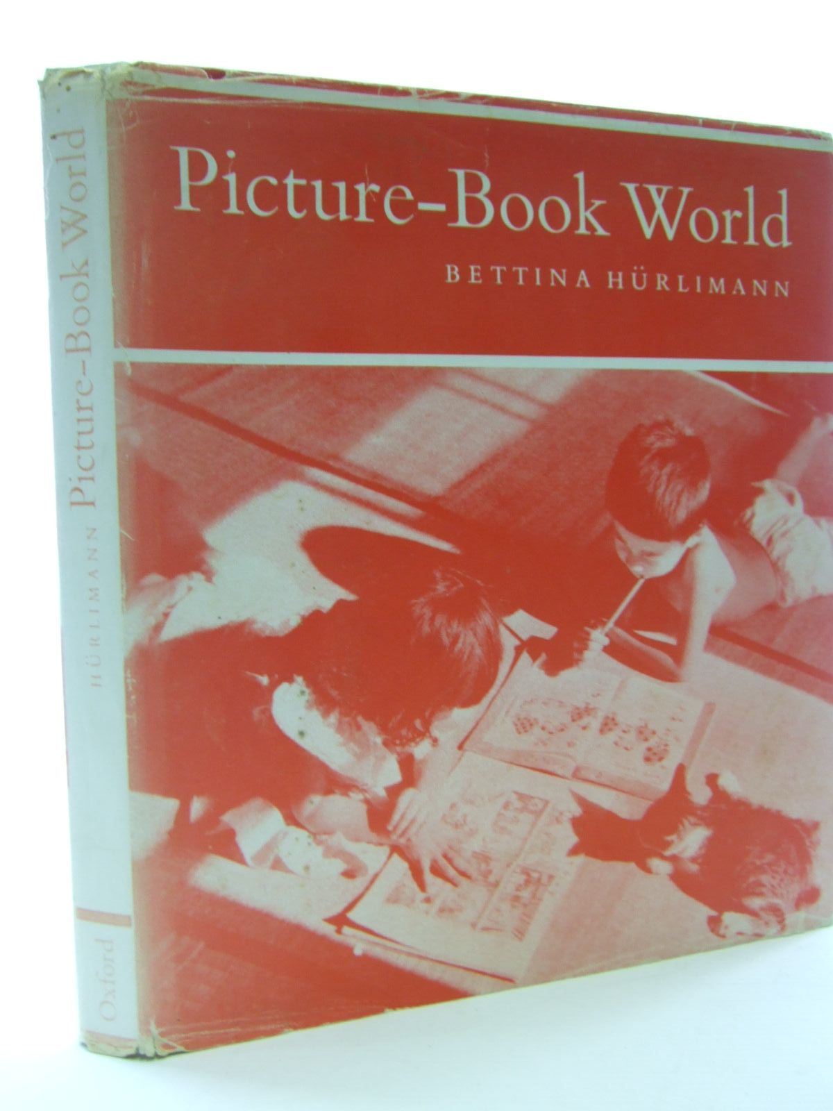 Photo of PICTURE-BOOK WORLD written by Hurlimann, Bettina<br />Alderson, Brian W. published by Oxford University Press (STOCK CODE: 1705877)  for sale by Stella & Rose's Books