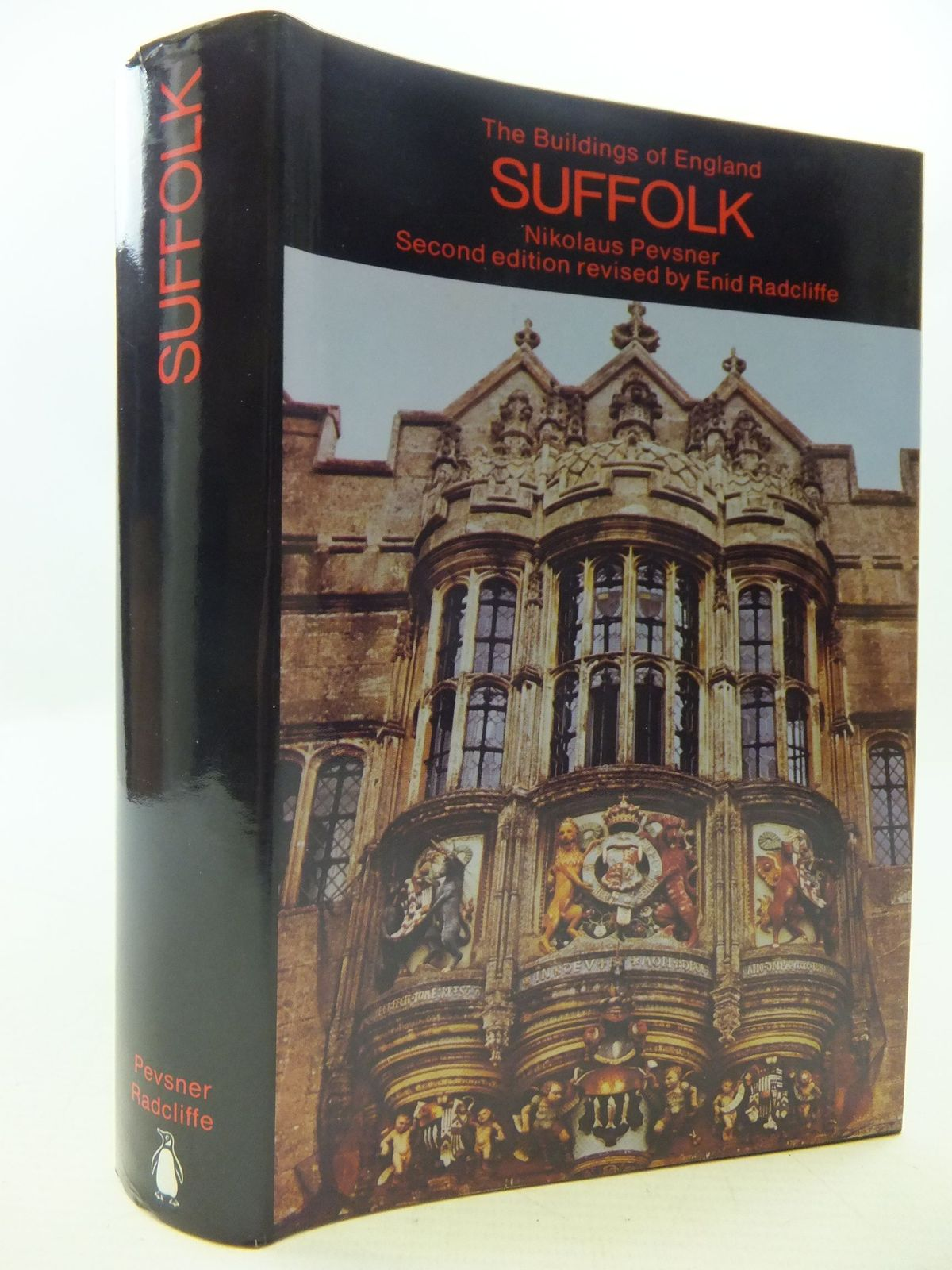 Photo of SUFFOLK (BUILDINGS OF ENGLAND) written by Pevsner, Nikolaus<br />Radcliffe, Enid published by Penguin (STOCK CODE: 1709295)  for sale by Stella & Rose's Books