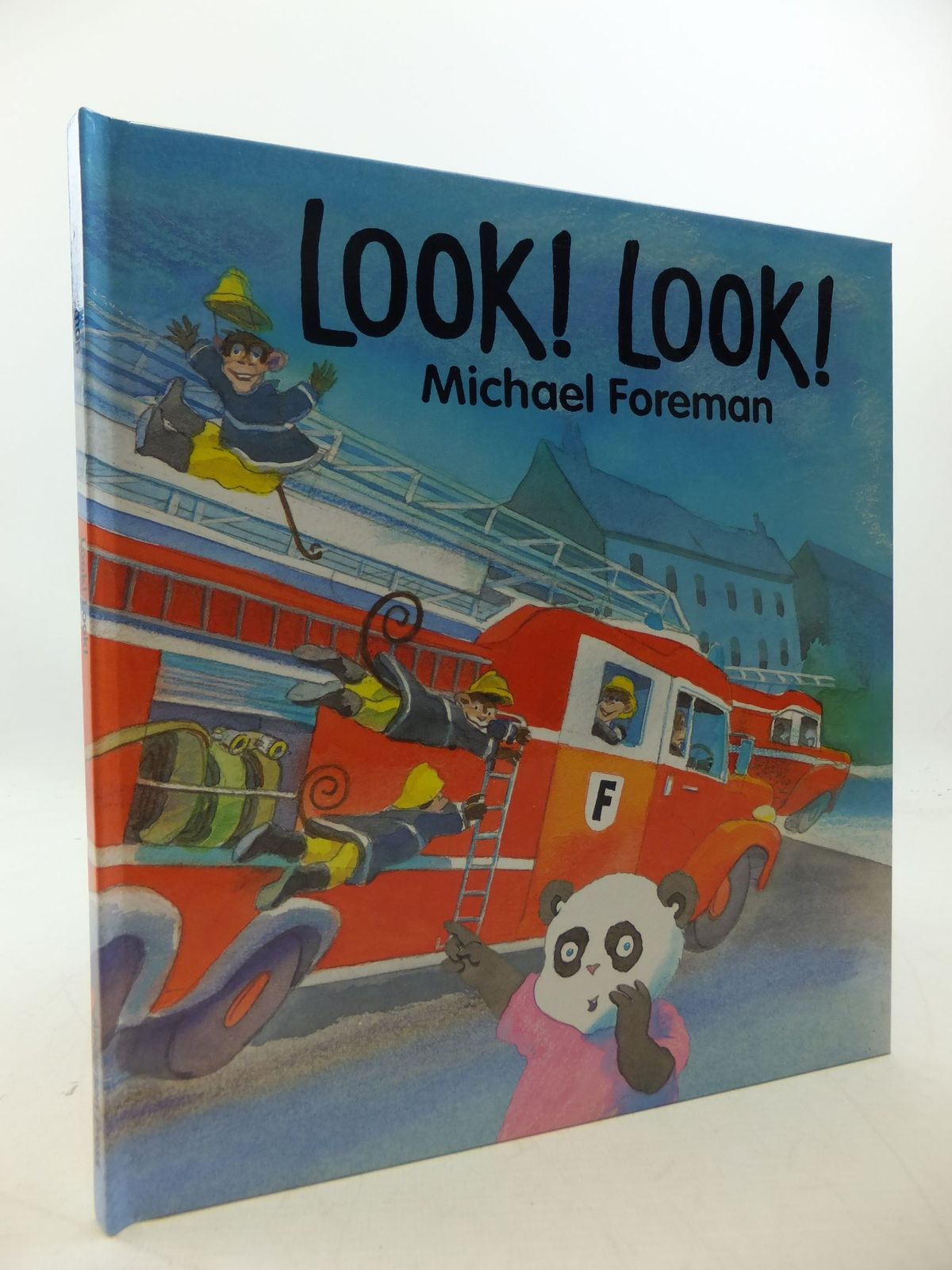 Photo of LOOK! LOOK! written by Foreman, Michael illustrated by Foreman, Michael published by Andersen Press (STOCK CODE: 1710154)  for sale by Stella & Rose's Books