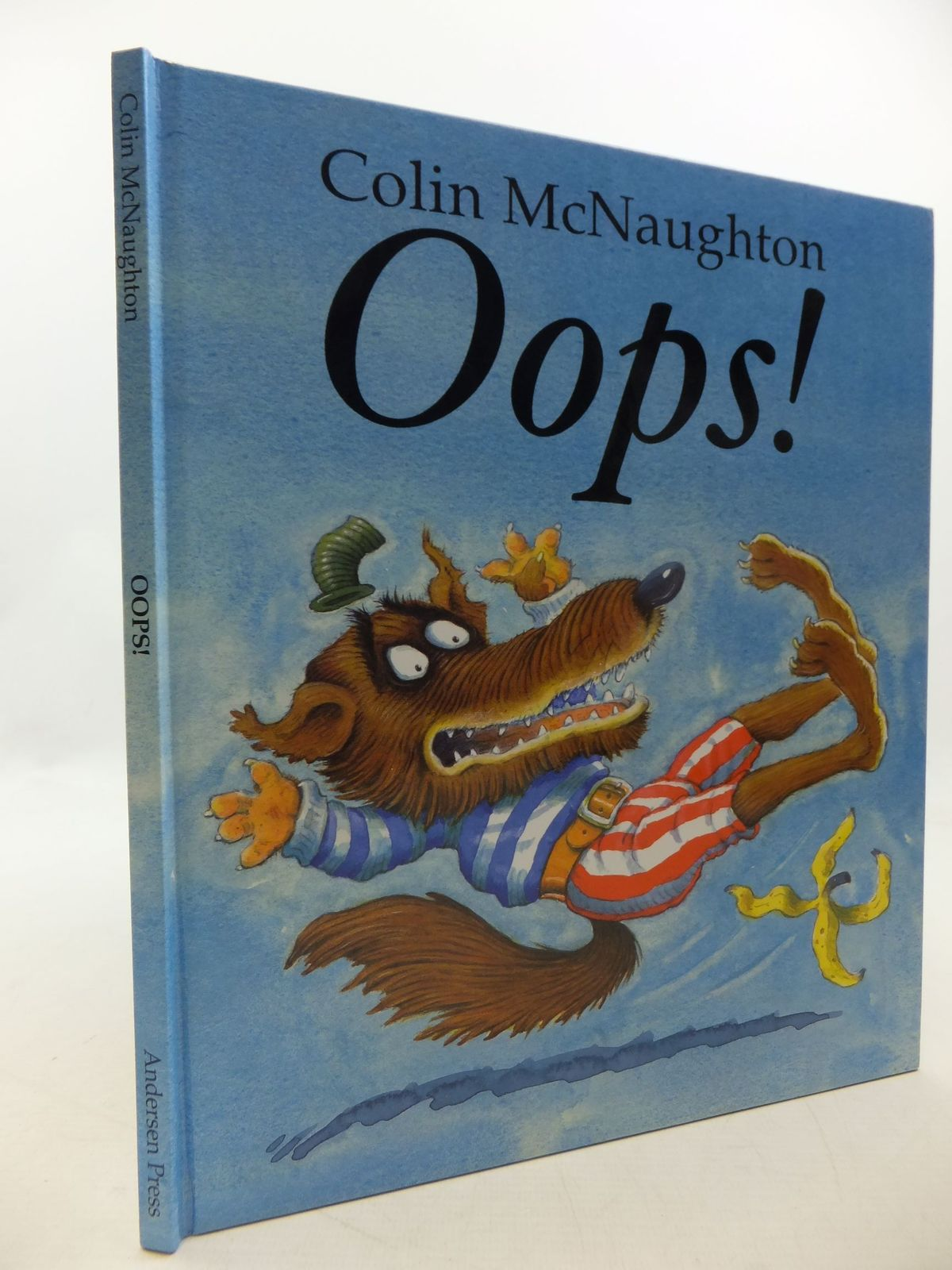 Photo of OOPS! written by McNaughton, Colin illustrated by McNaughton, Colin published by Andersen Press (STOCK CODE: 1710205)  for sale by Stella & Rose's Books