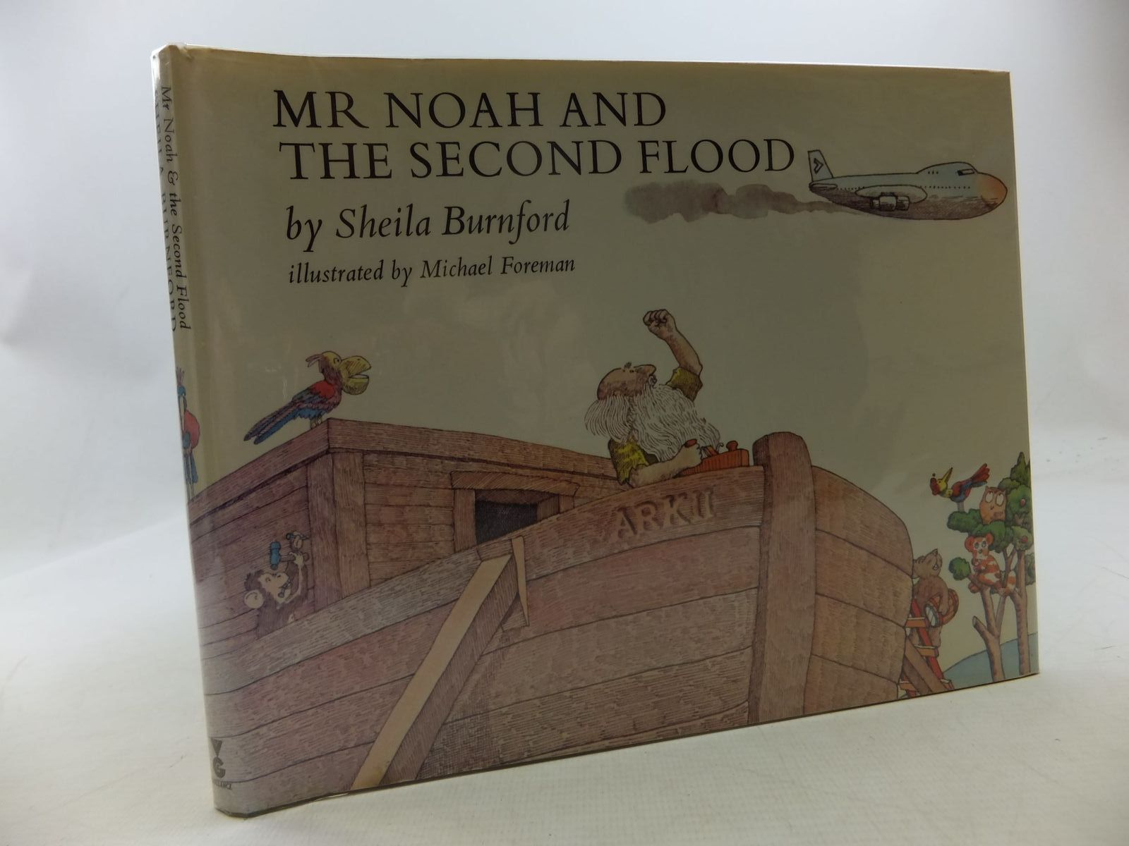 Photo of MR NOAH AND THE SECOND FLOOD written by Burnford, Sheila illustrated by Foreman, Michael published by Victor Gollancz Ltd. (STOCK CODE: 1710252)  for sale by Stella & Rose's Books