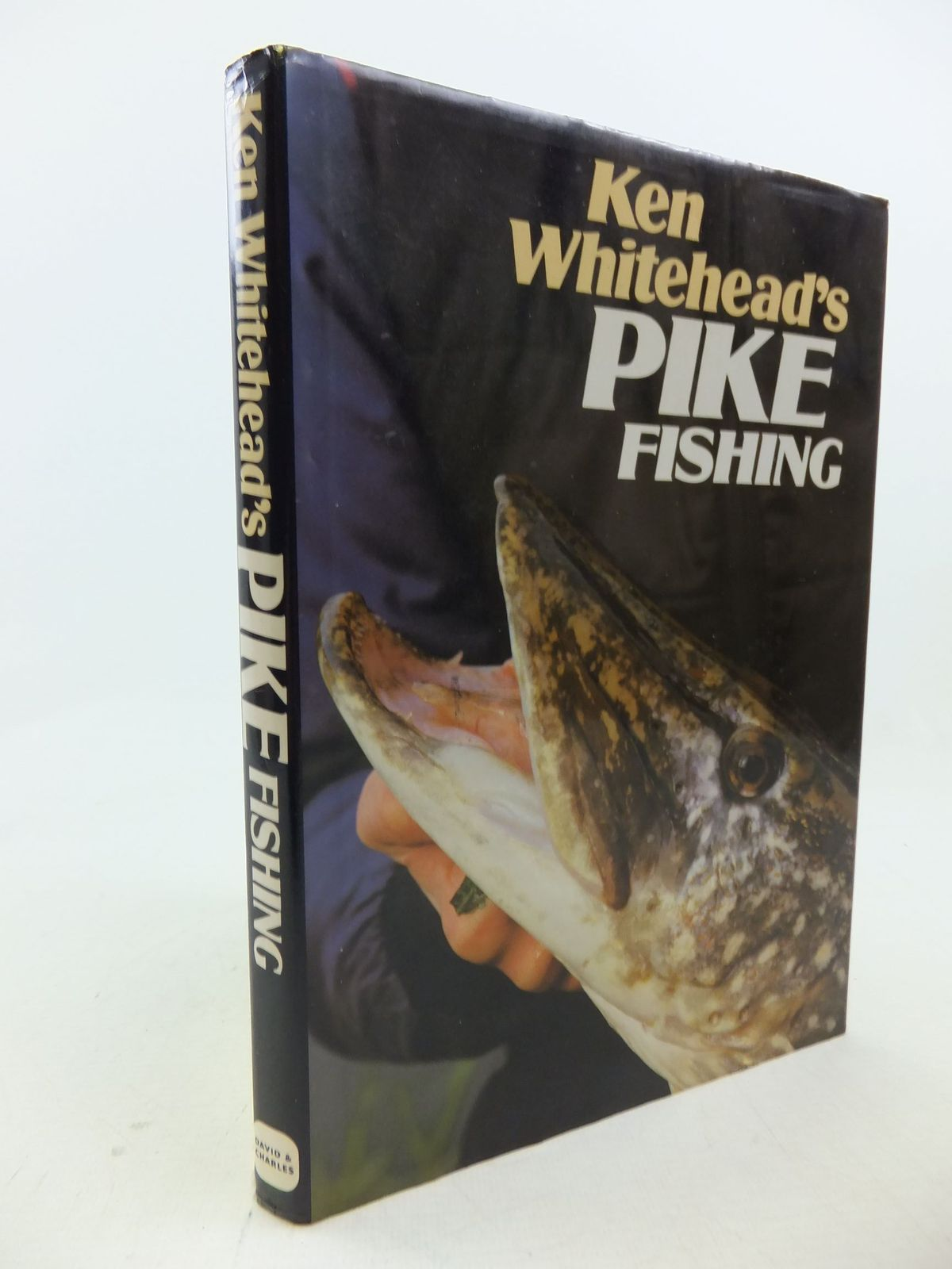 Photo of KEN WHITEHEAD'S PIKE FISHING written by Whitehead, Ken published by David & Charles (STOCK CODE: 1710661)  for sale by Stella & Rose's Books
