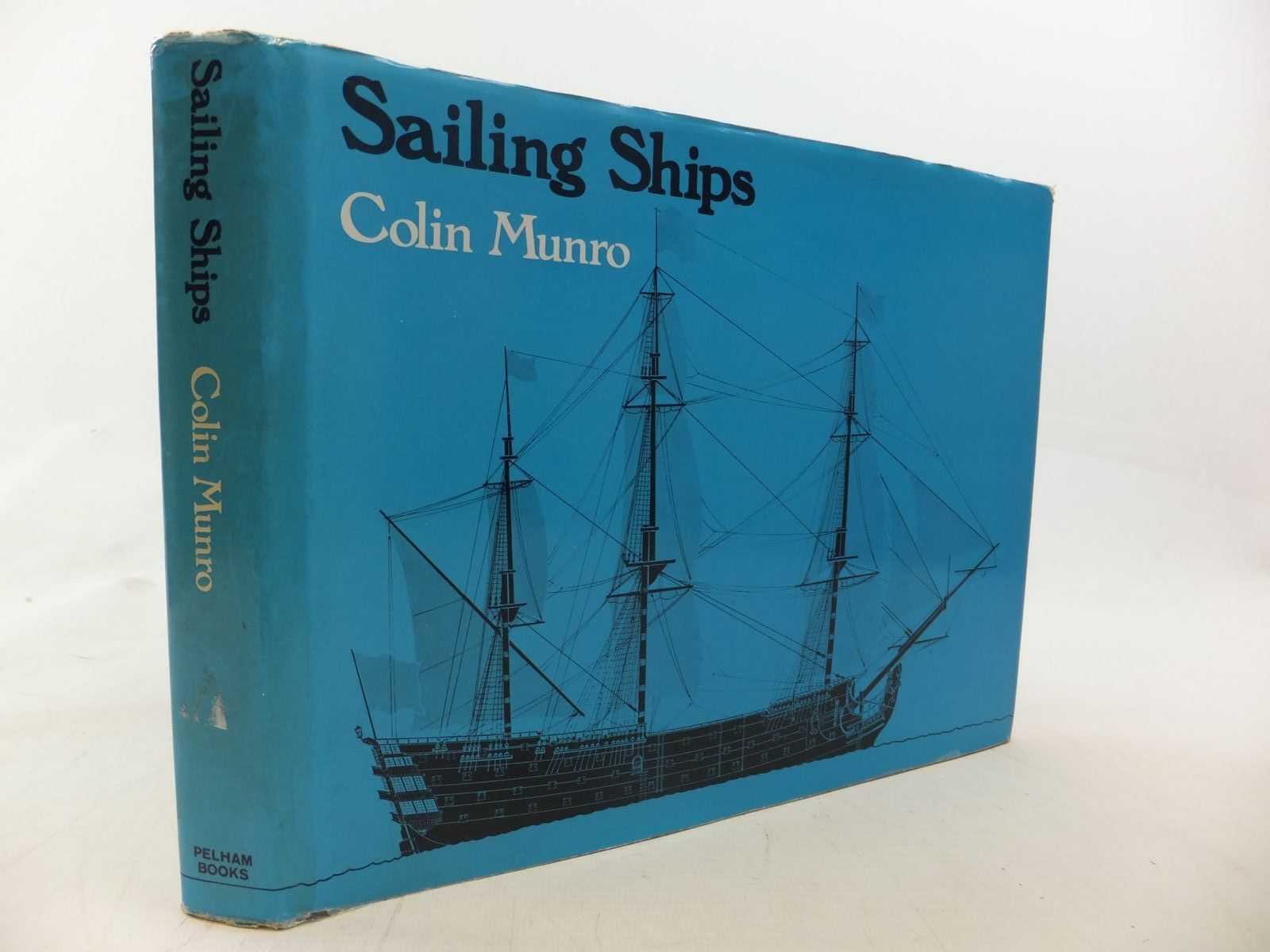 Photo of SAILING SHIPS written by Munro, Colin illustrated by Munro, Colin published by Pelham Books (STOCK CODE: 1711638)  for sale by Stella & Rose's Books