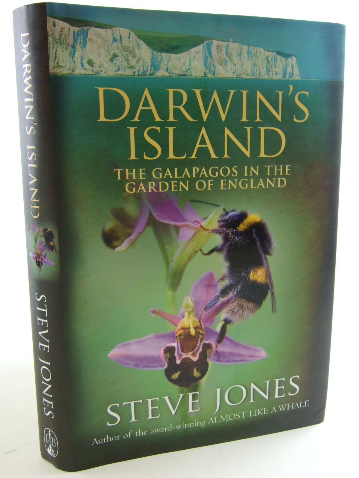 Photo of DARWIN'S ISLAND THE GALAPAGOS IN THE GARDEN OF ENGLAND written by Jones, Steve published by Little, Brown (STOCK CODE: 1805258)  for sale by Stella & Rose's Books
