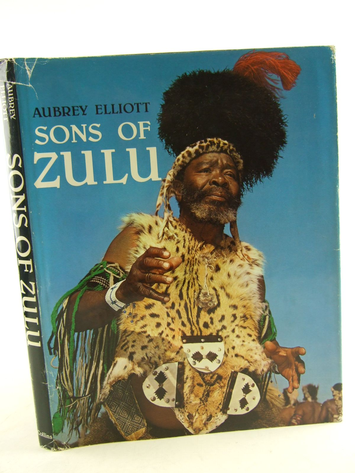 Photo of SONS OF ZULU written by Elliott, Aubrey published by Collins (STOCK CODE: 1805536)  for sale by Stella & Rose's Books
