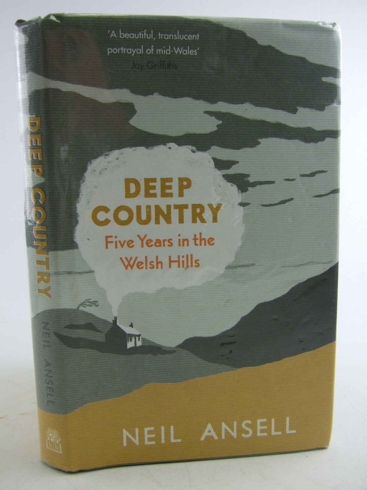 Photo of DEEP COUNTRY FIVE YEARS IN THE WELSH HILLS written by Ansell, Neil published by Hamish Hamilton (STOCK CODE: 1805961)  for sale by Stella & Rose's Books